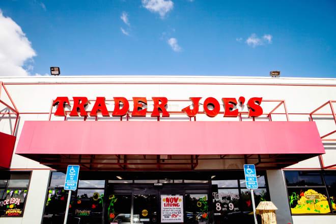 Trader Joe's Employee Reveals Insider Secrets on Reddit