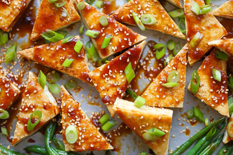 Sheet Pan Honey-Sesame Tofu and Green Beans