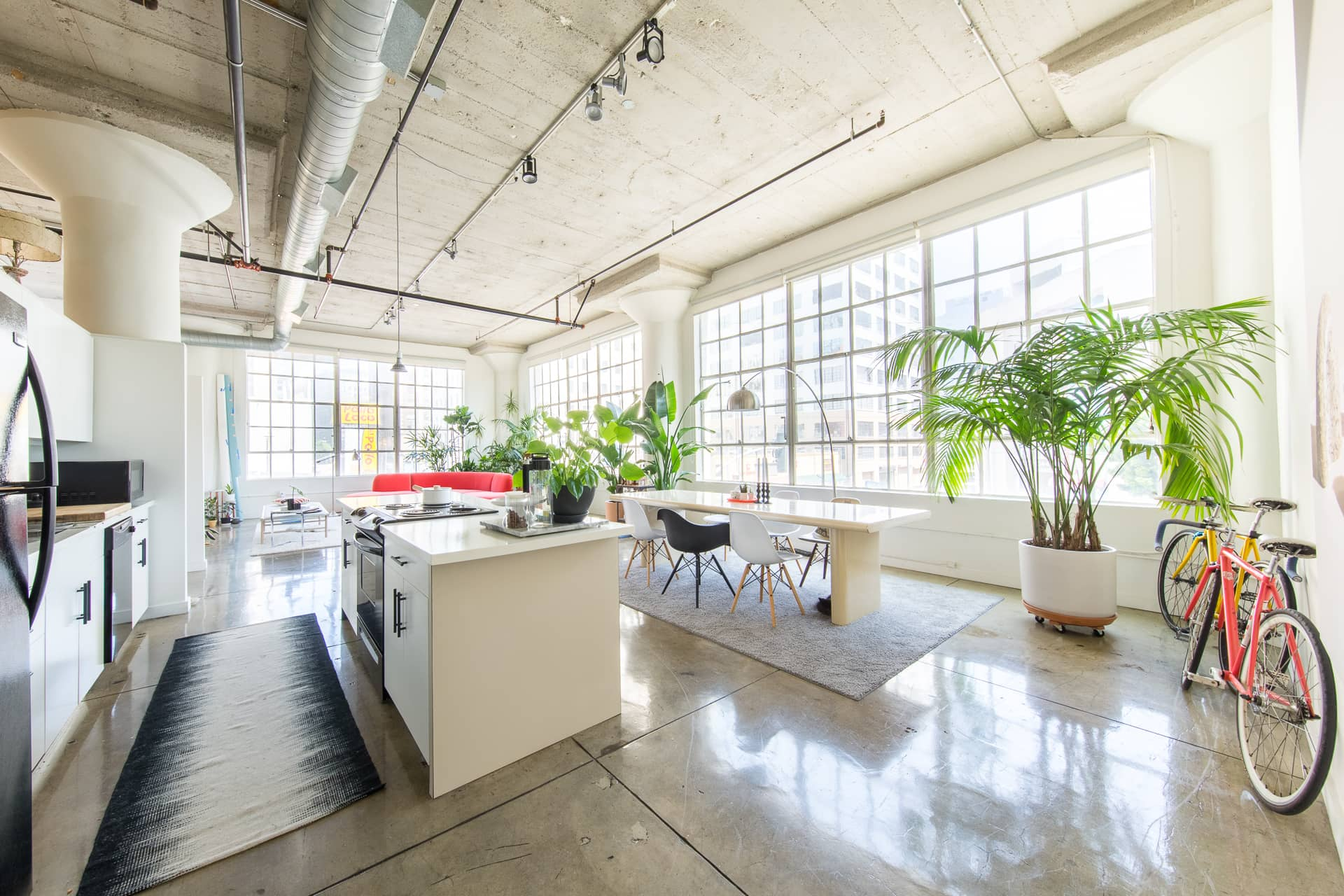 "A ""Danish Tropical"" Loft in Downtown LA: gallery image 2"