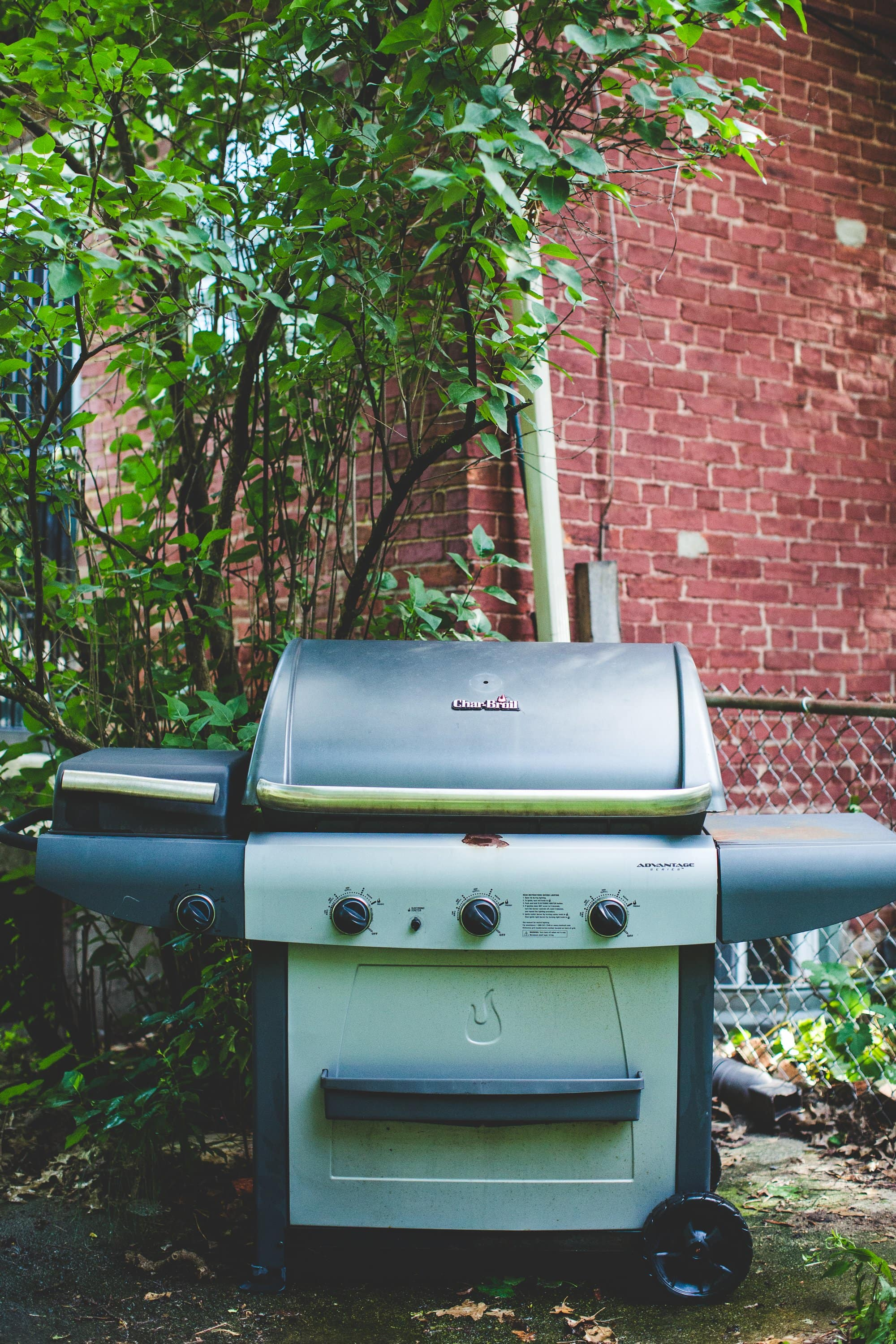 5 Mistakes To Avoid When Using A Gas Grill Kitchn