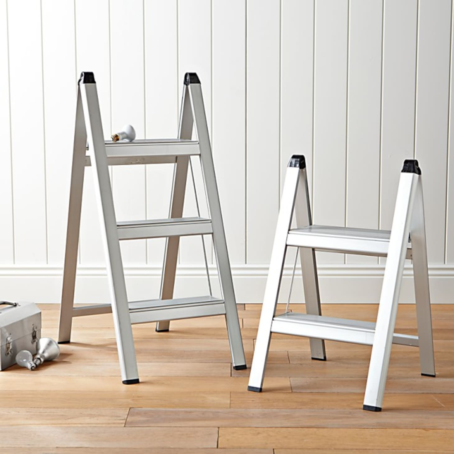 Groovy Best Step Stools And Ladders To Help You Reach New Heights Beatyapartments Chair Design Images Beatyapartmentscom