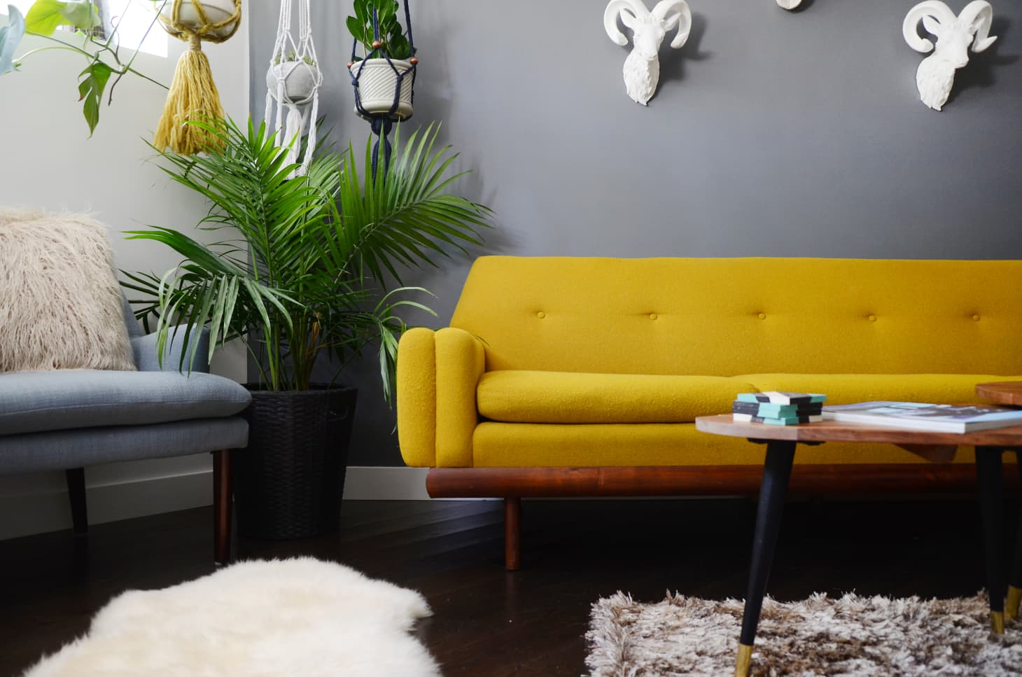Enjoyable 10 Colors To Complement Yellow Apartment Therapy Theyellowbook Wood Chair Design Ideas Theyellowbookinfo