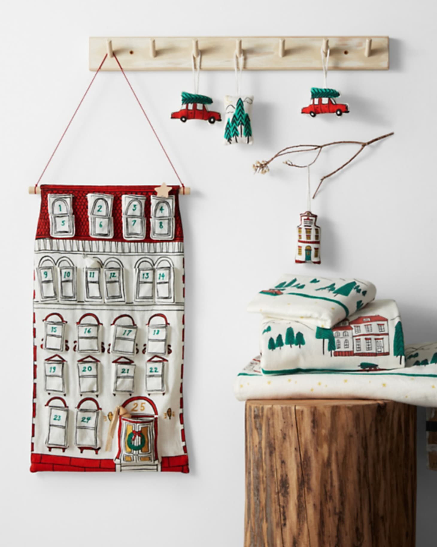 Amazing Countdown To Christmas 15 Advent Calendars Apartment Therapy Download Free Architecture Designs Scobabritishbridgeorg