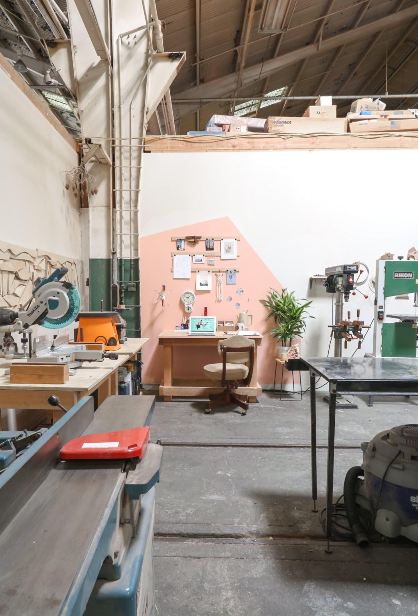 A Woodworker S Wonderful Studio In Downtown La Apartment