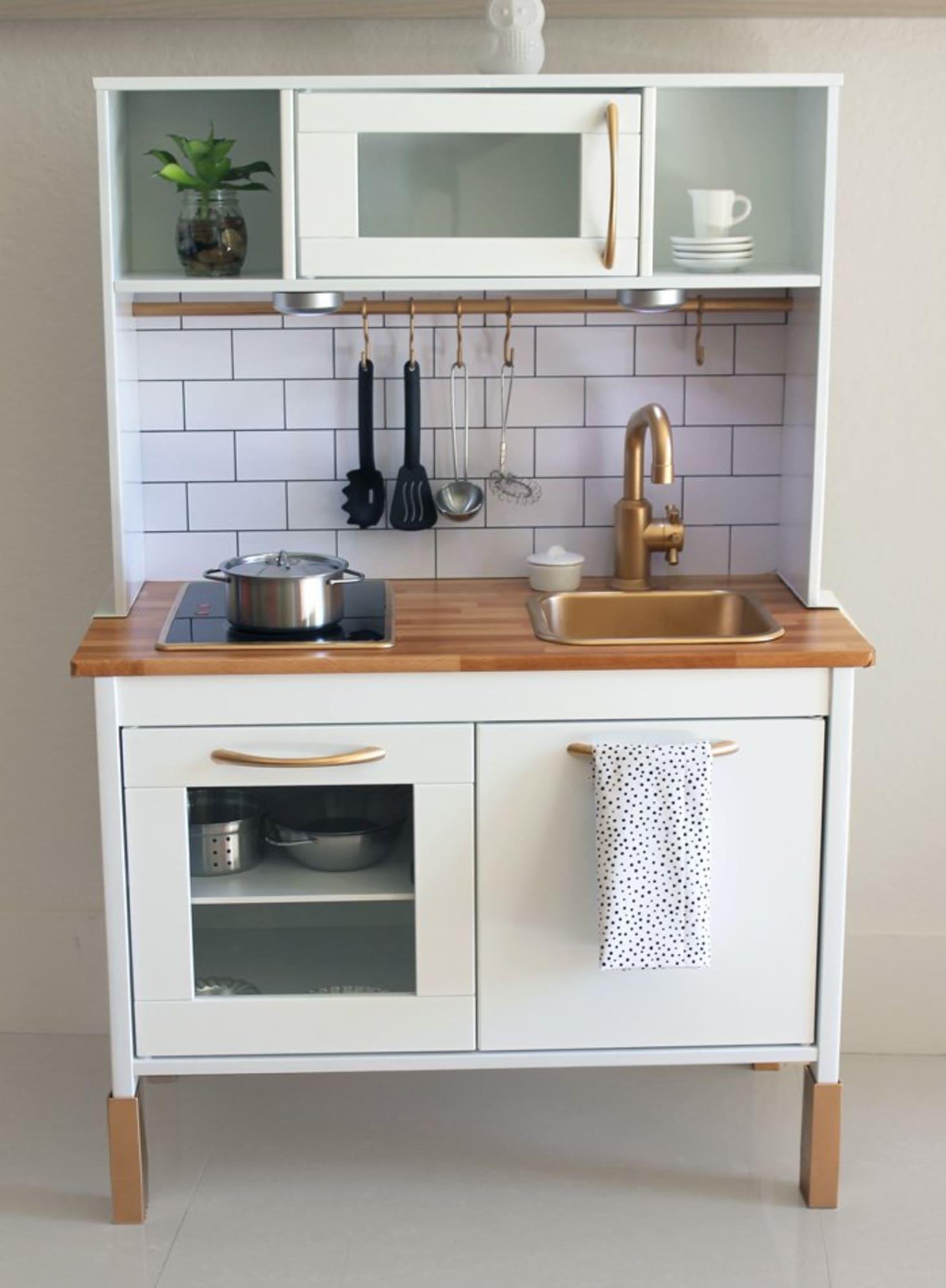 IKEA Play Kitchen - 15 DUKTIG Hacks