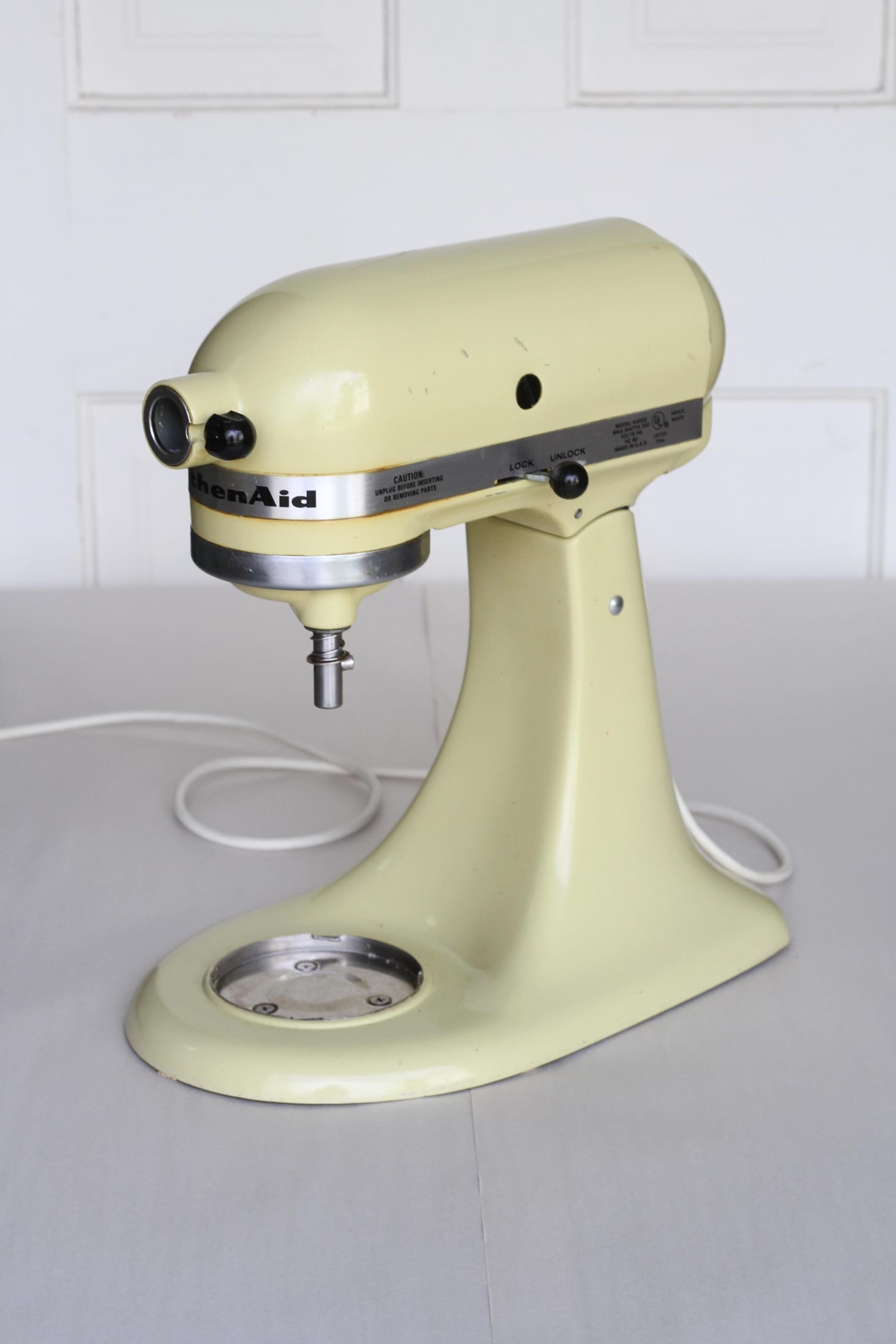 How To Paint A Kitchenaid Mixer A New Color Apartment Therapy