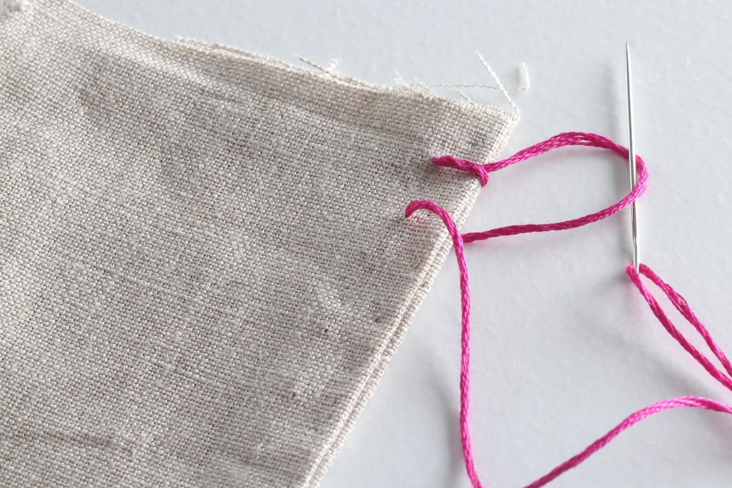 How to Hand Sew: 6 Basic Stitch Photo Tutorials   Apartment