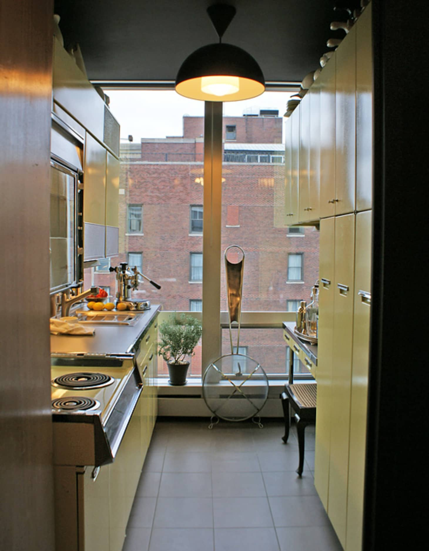 Miraculous 10 Ways To Make A Small Kitchen An Eat In Apartment Therapy Download Free Architecture Designs Xoliawazosbritishbridgeorg