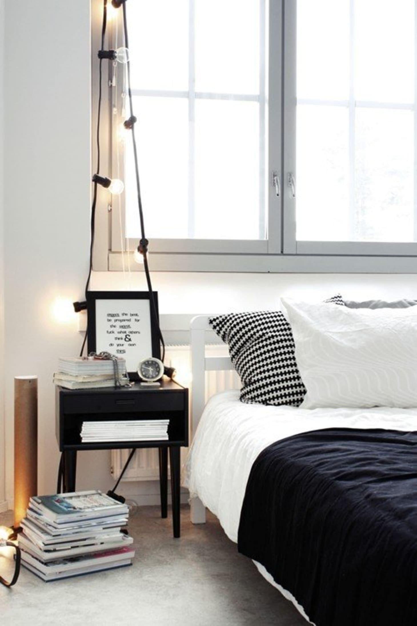 Nine Creative Ways to Use String Lights in the Bedroom | Apartment