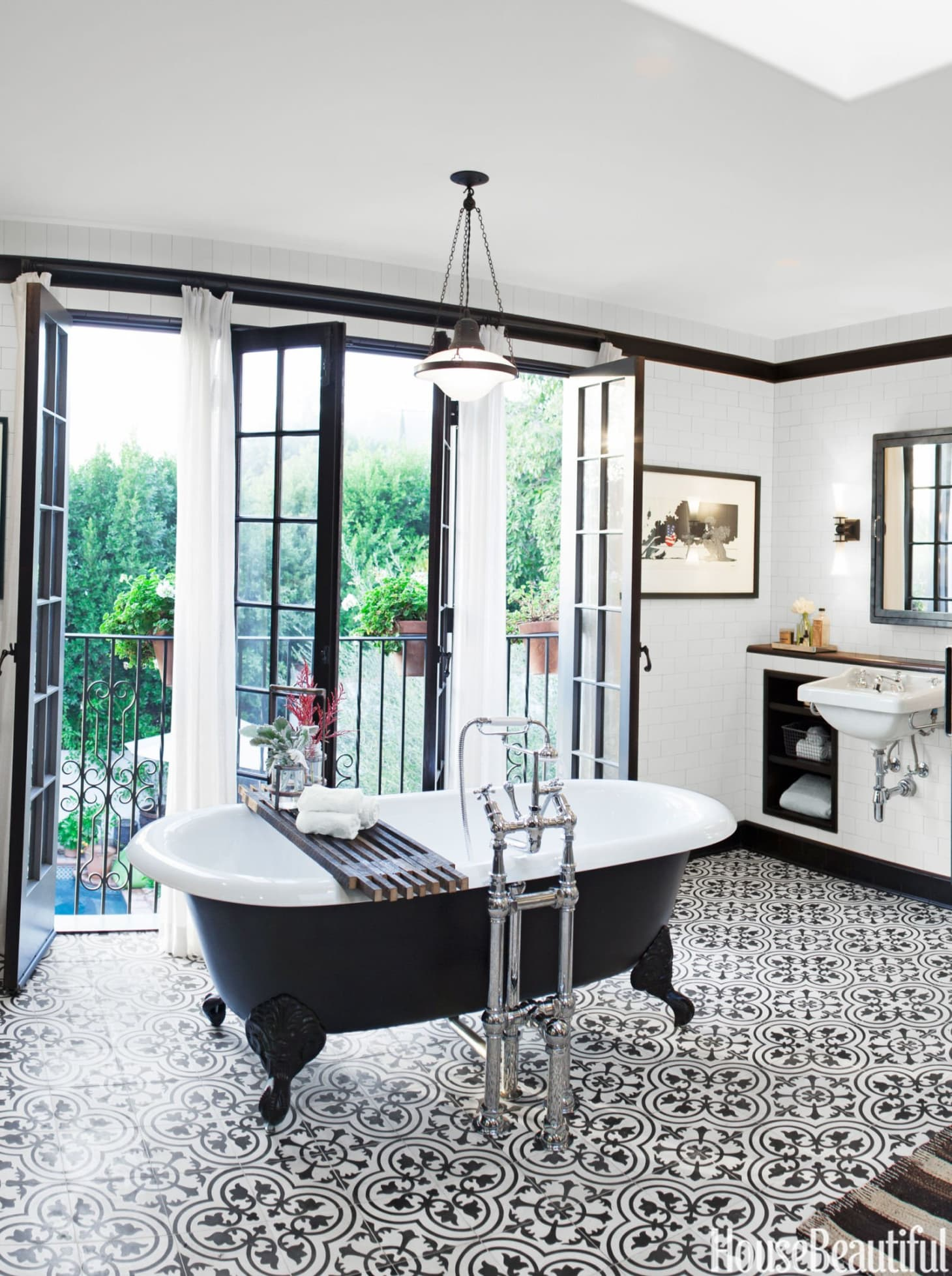 Beautiful Cast Iron Clawfoot Bathtubs Apartment Therapy