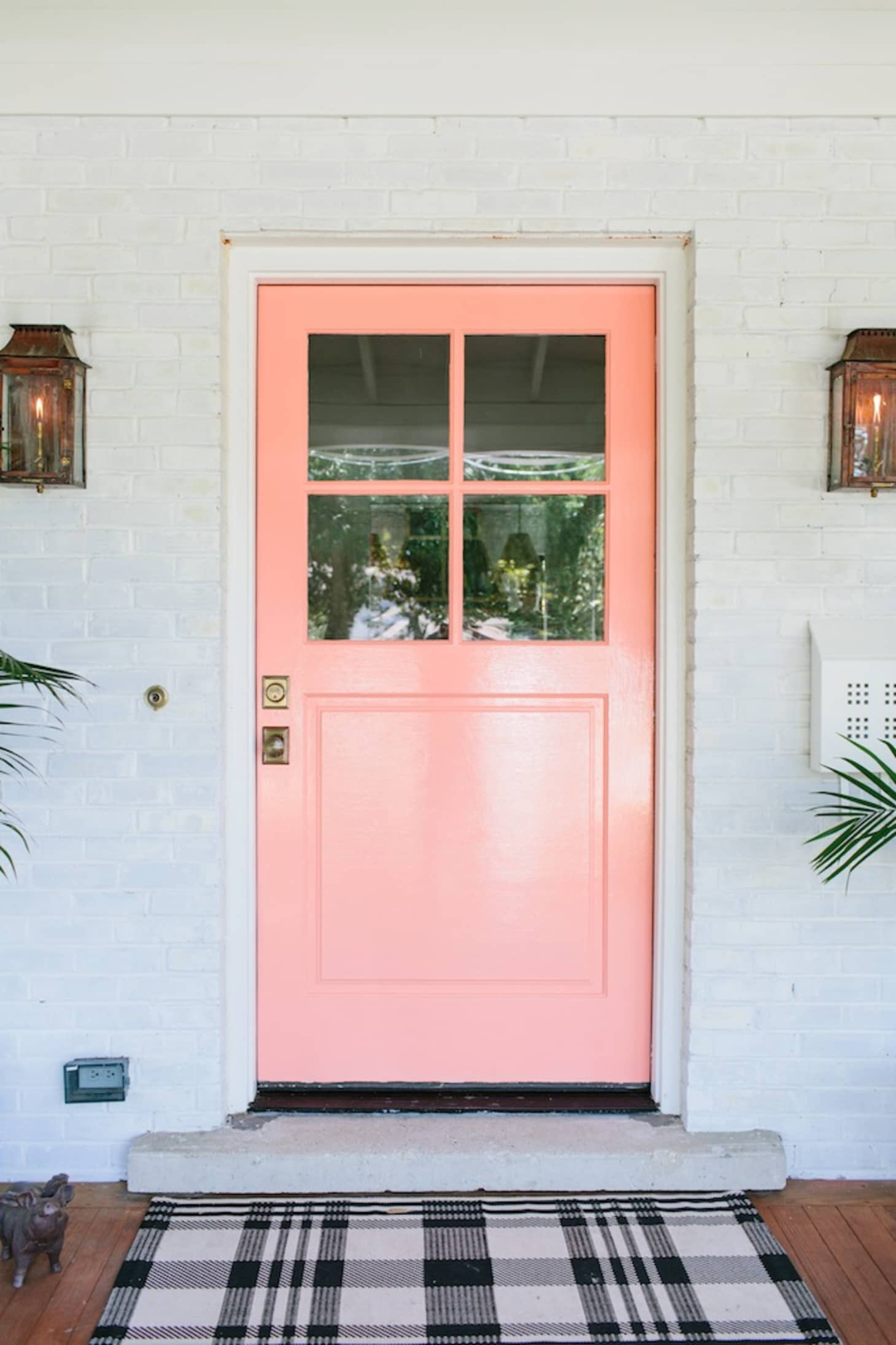 8 Unusually Beautiful Front Door Colors You\'d Never Think to ...