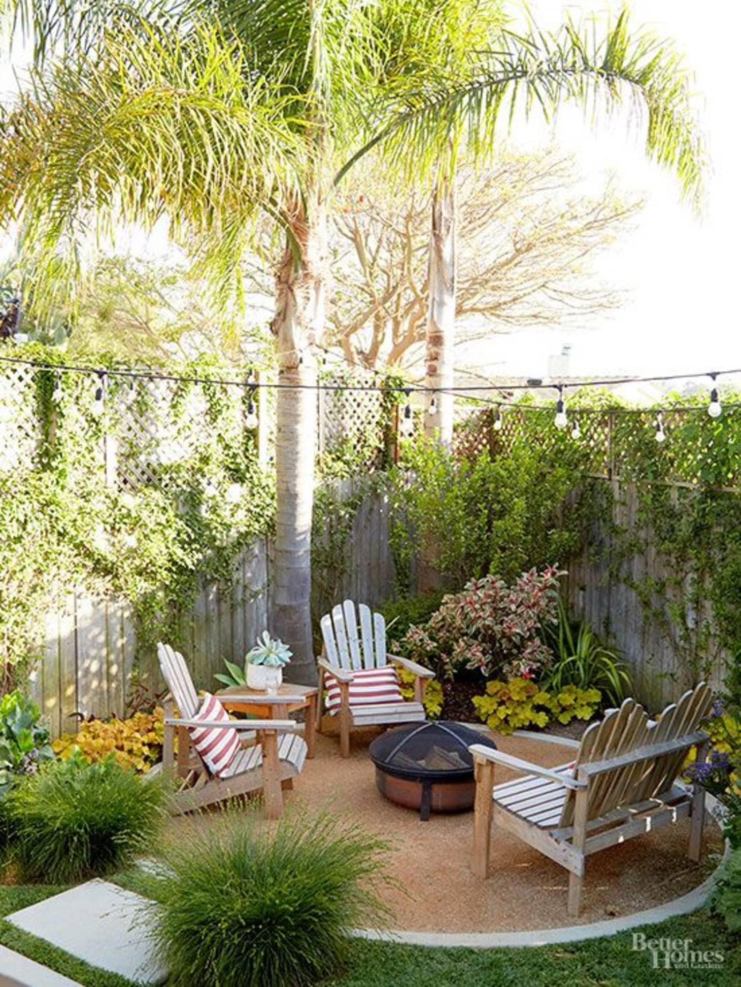 Small Backyard Design Ideas & Inspiration | Apartment Therapy on Apartment Backyard Patio Ideas id=20735