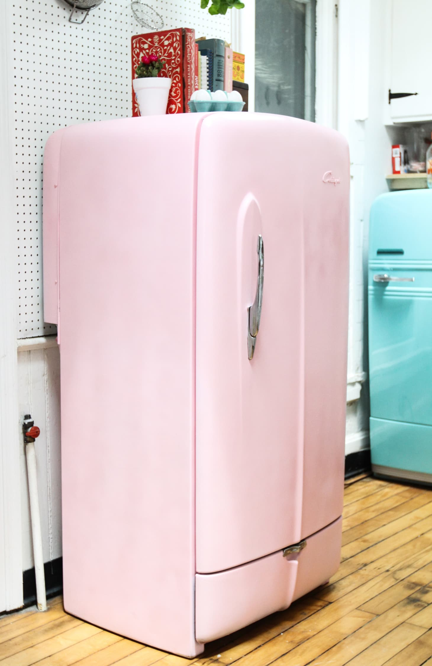 How To Paint a Refrigerator Tips \u0026 Photo Tutorial
