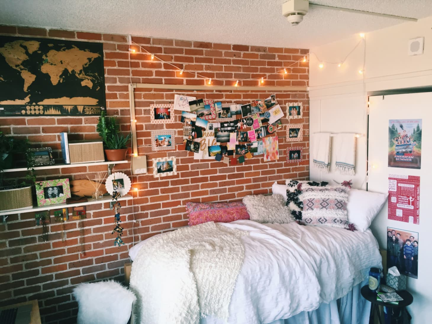 Inspiration from 10 super stylish real dorm rooms - Cool dorm room ideas ...