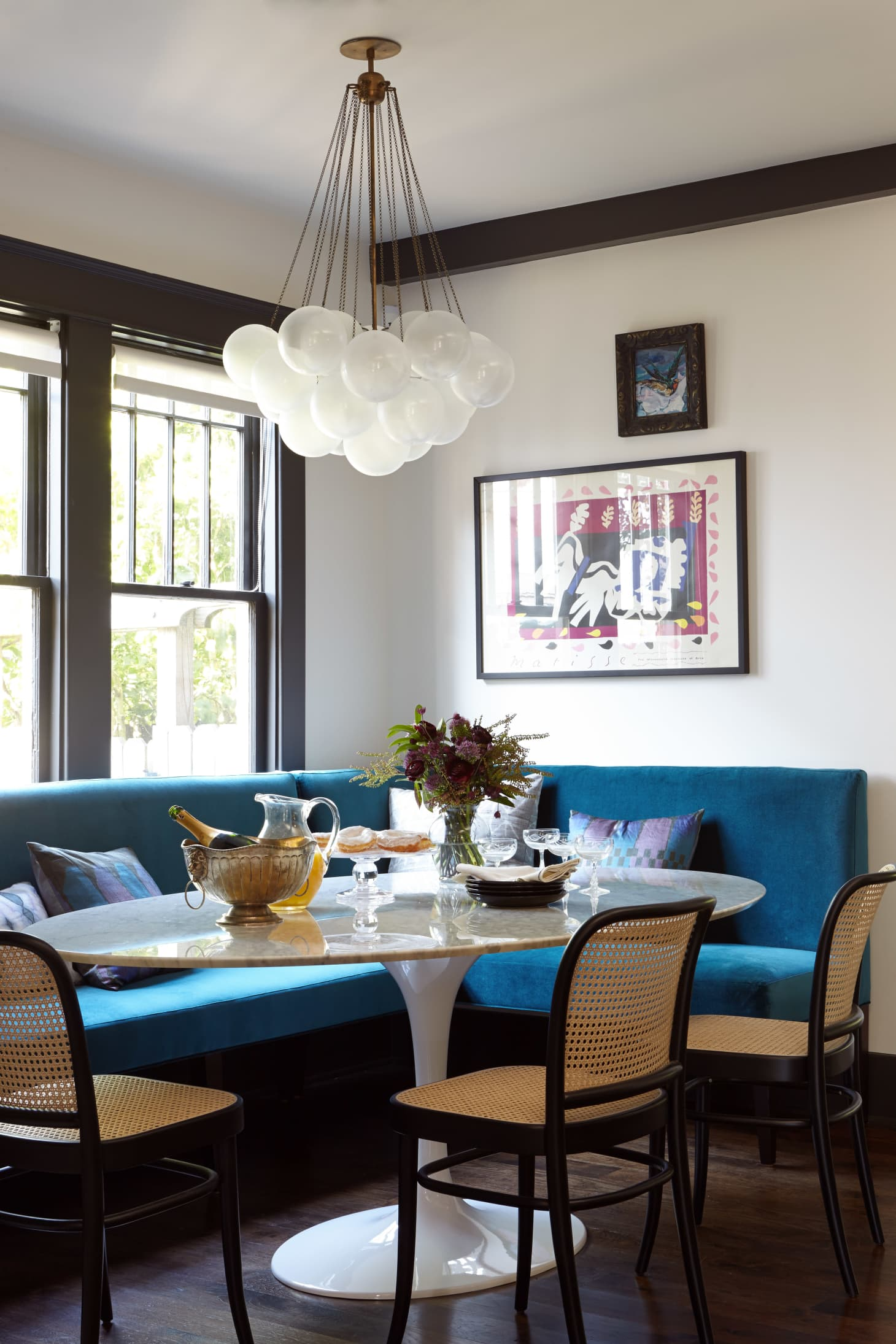 Dining Room Ideas: Try a Banquette In Place of Chairs For ...
