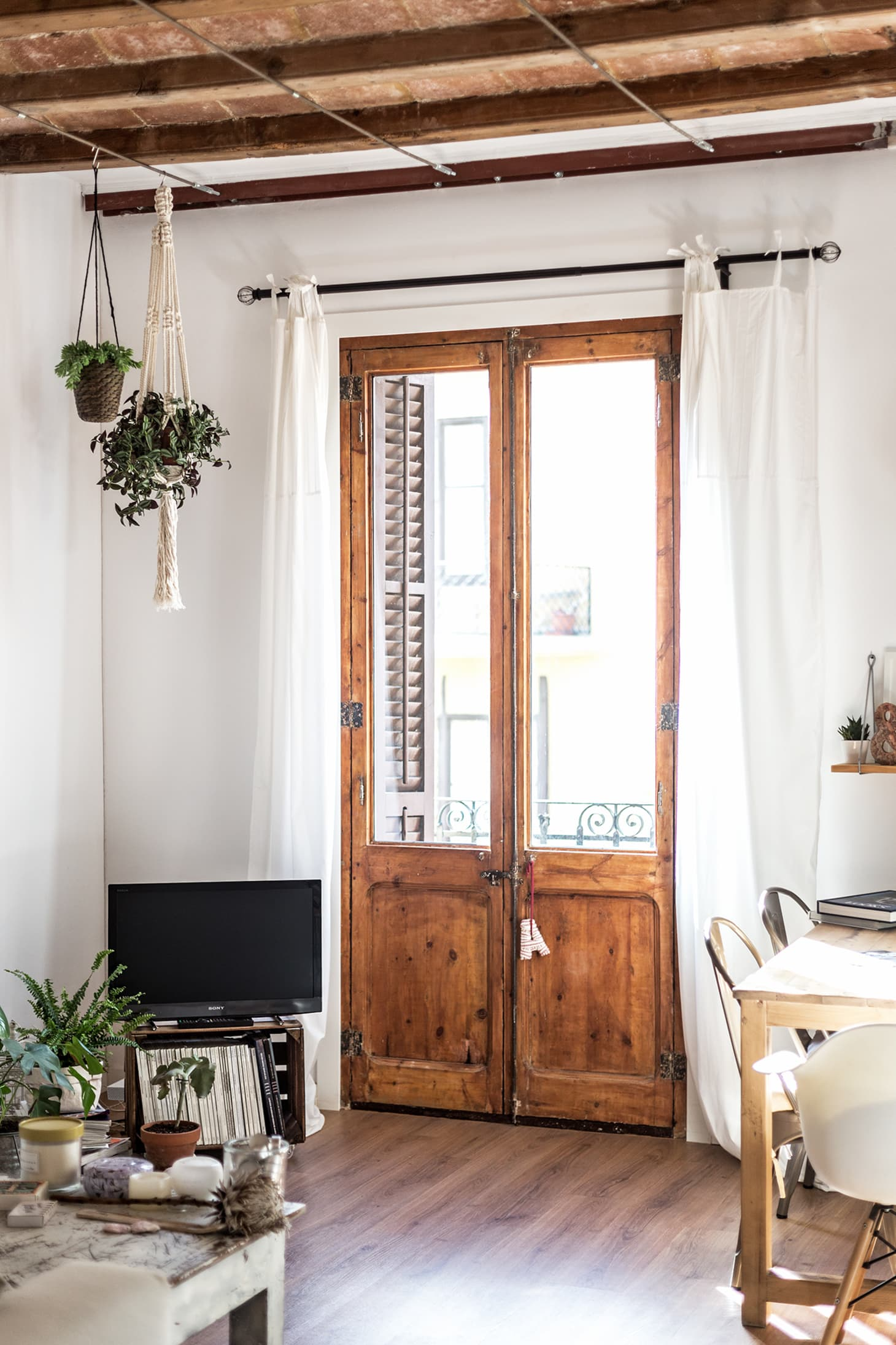 Window Treatments For Renters - How to Hang Curtains