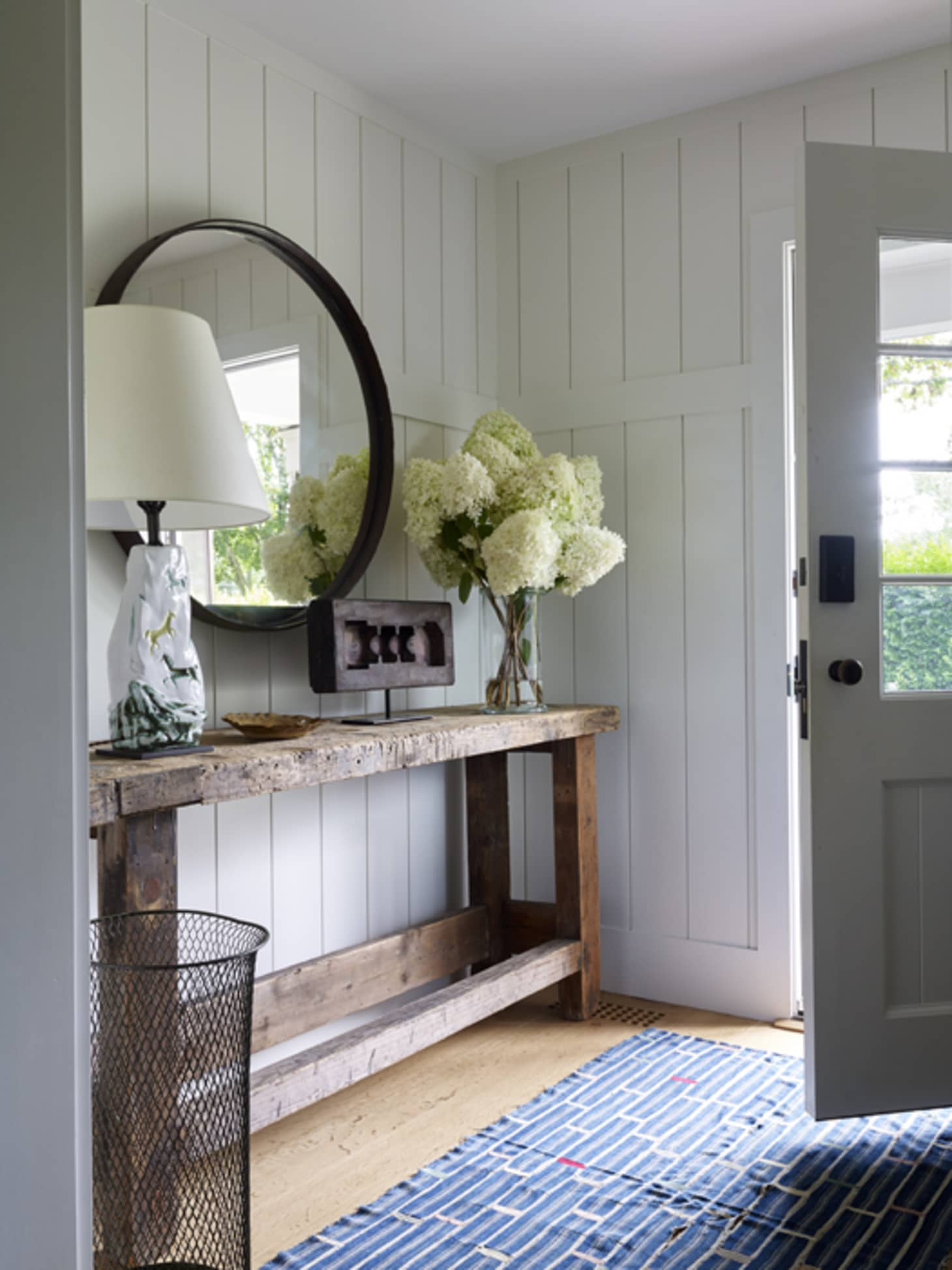How To Get The Modern Farmhouse Look Apartment Therapy
