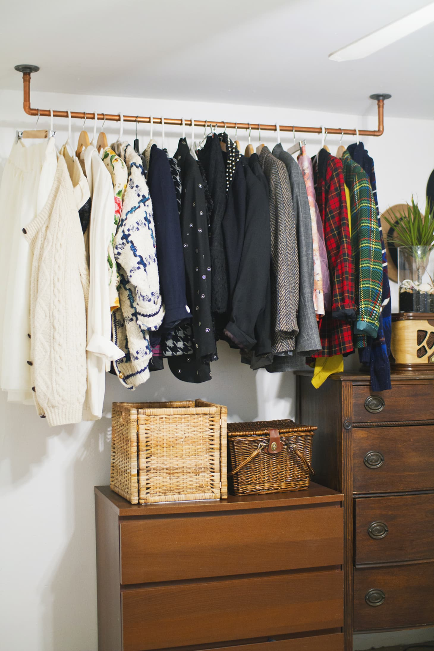 Hanging Closet Organizer Options To Buy Or Diy Apartment