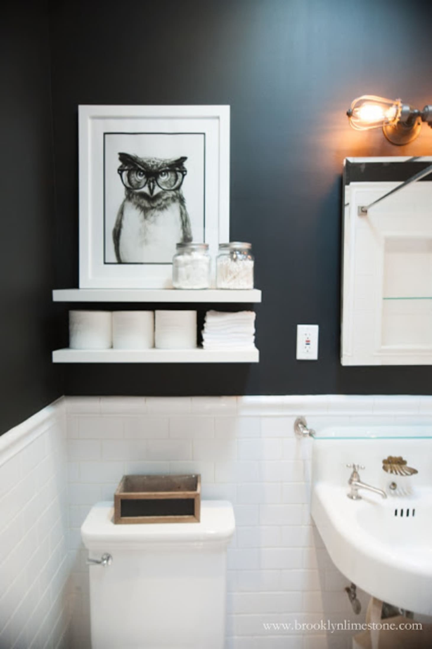 Toilet Paper Storage Ideas for a Small Bathroom | Apartment