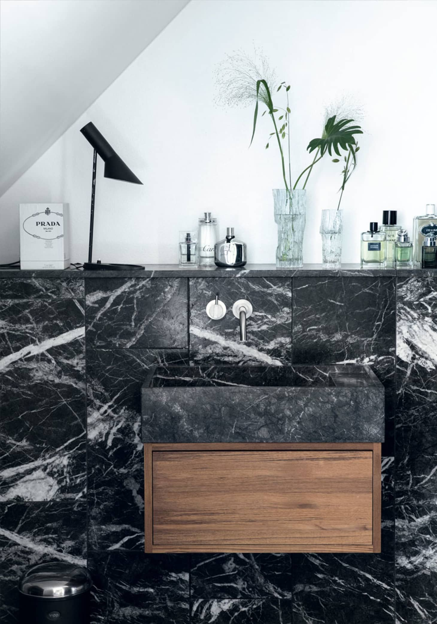 Cool Black Marble In The Bathroom Tile Baths Fixtures Floors Download Free Architecture Designs Lukepmadebymaigaardcom