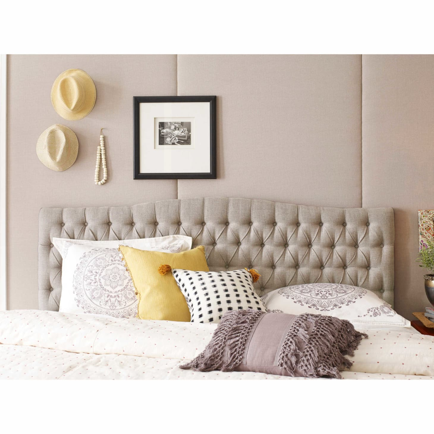Pleasing The Best Furniture Finds At Bed Bath Beyond Apartment Gmtry Best Dining Table And Chair Ideas Images Gmtryco