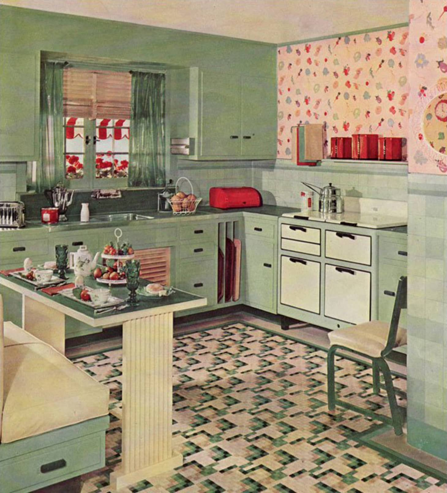 A Brief History of Kitchen Design from the 1930s to 1940s ... on 1930s bathroom design ideas, easy diy kitchen remodel ideas, black and white dining room ideas, colonial kitchen design ideas, old kitchen decorating ideas, vintage kitchen ideas, old home kitchen ideas, black and red kitchen ideas, 1930s interior design ideas, 1950s retro kitchen ideas, art deco kitchen ideas,