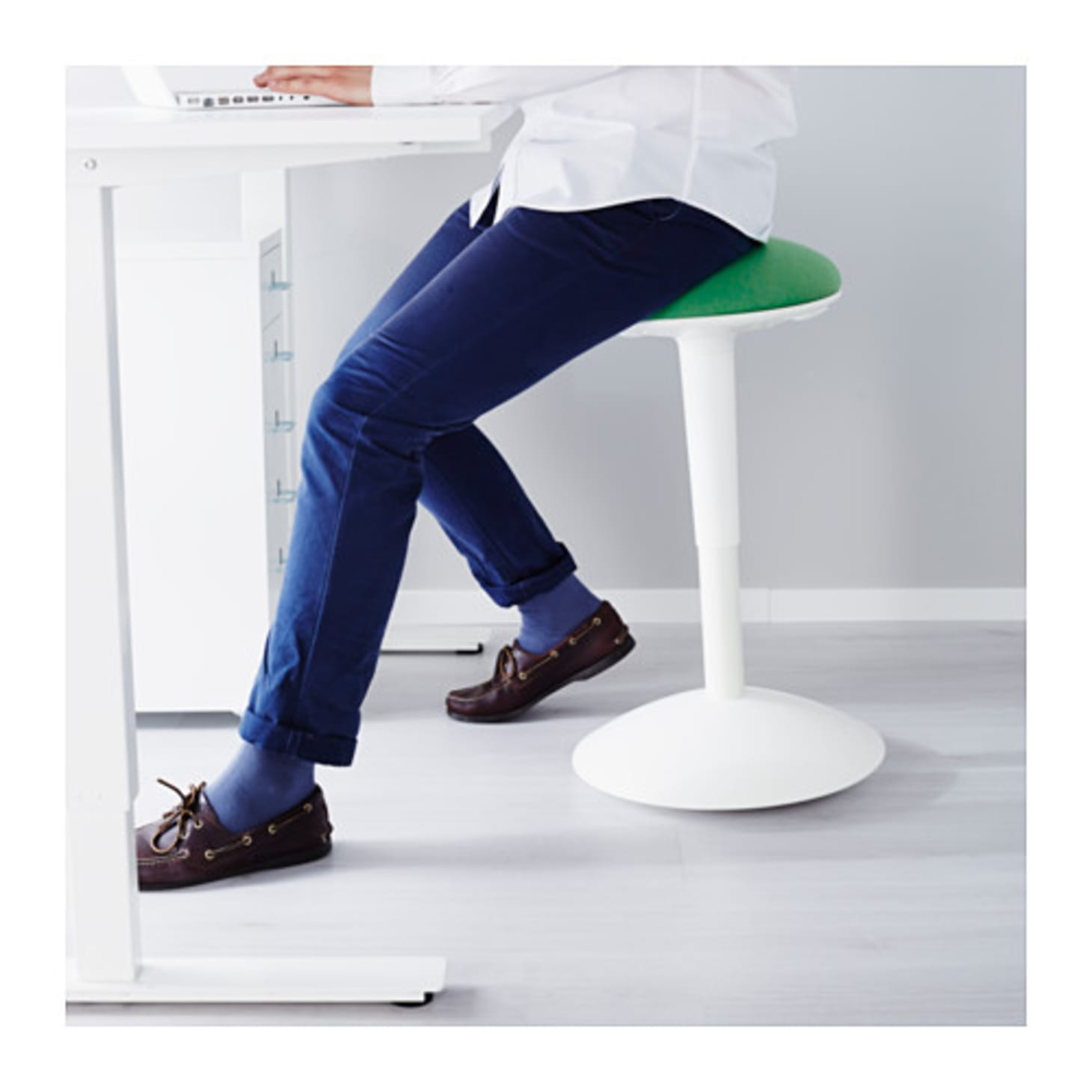 The Best Ergonomic Stools For Any Budget Apartment Therapy