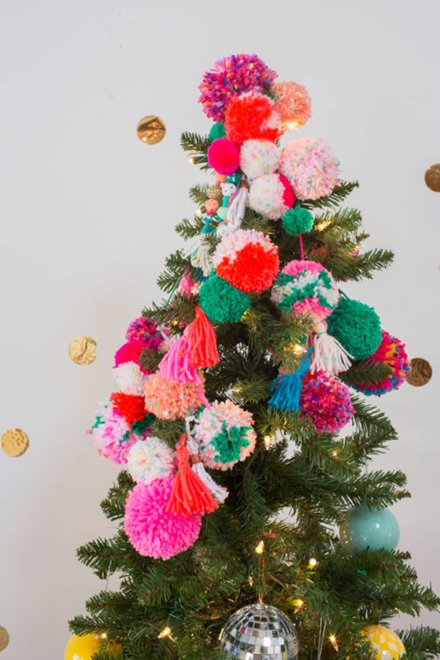 Marvel Christmas Tree Topper.Christmas Tree Decorating Ideas To Try Apartment Therapy