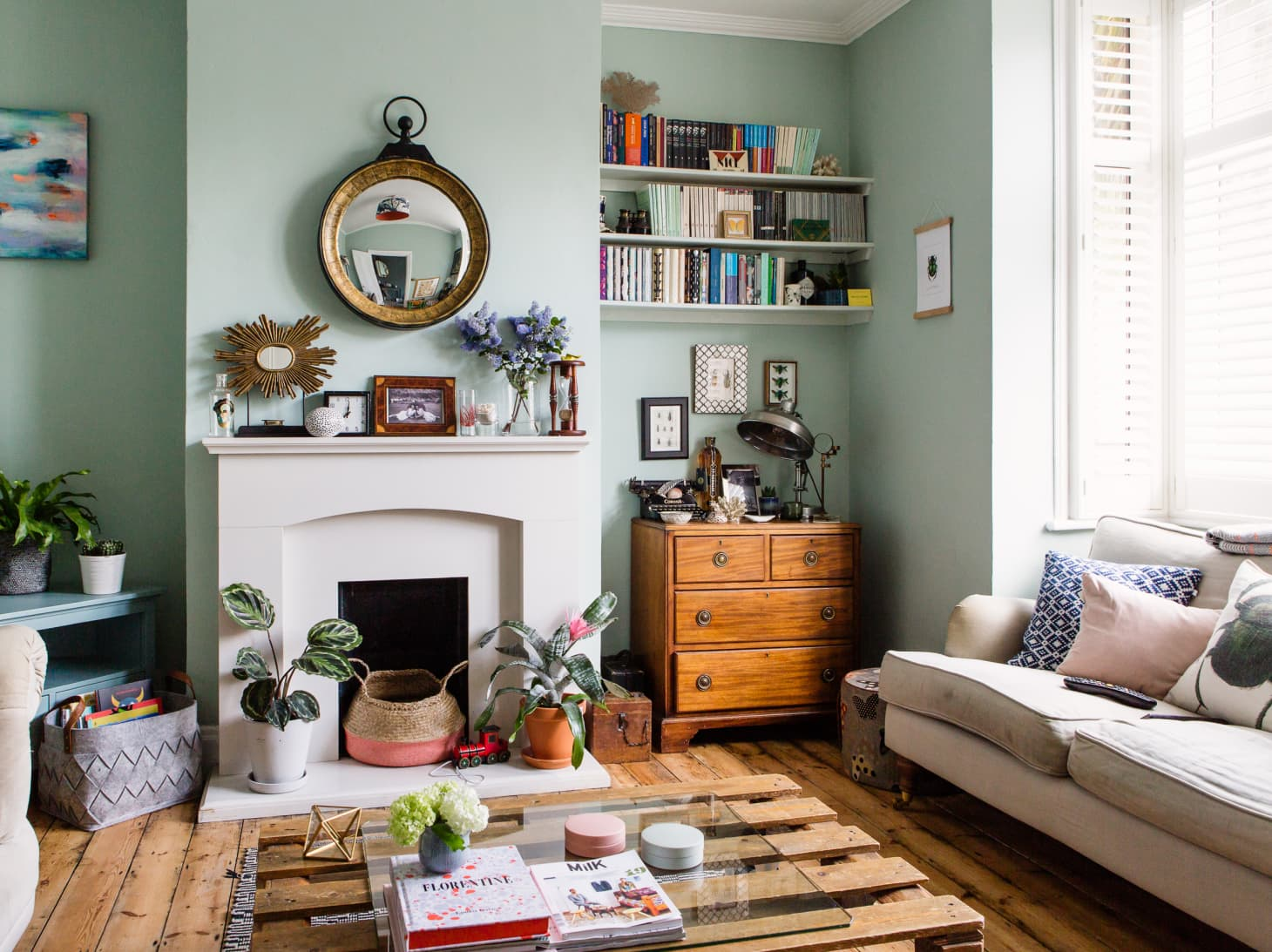 30 Small Living Room Decorating & Design Ideas - How to ...