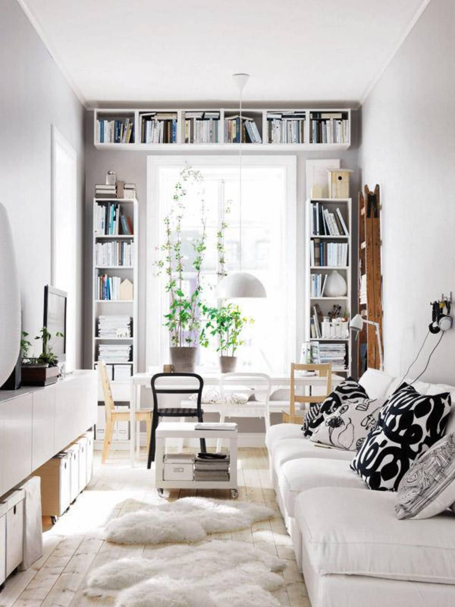 Interior Design Space: 30 Small Living Room Decorating & Design Ideas