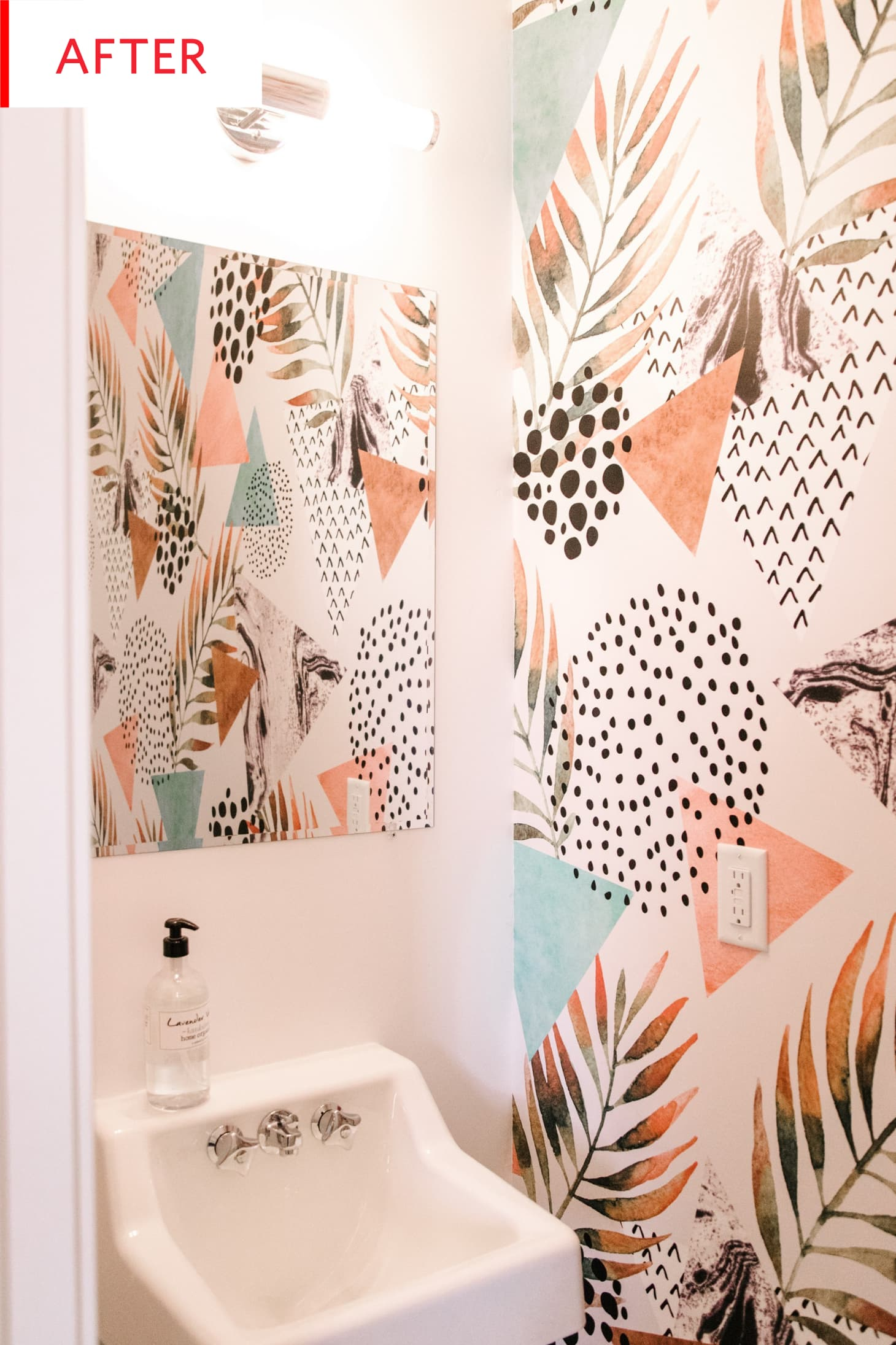 Removable Wallpaper Bathroom Wall - Before After | Apartment ...