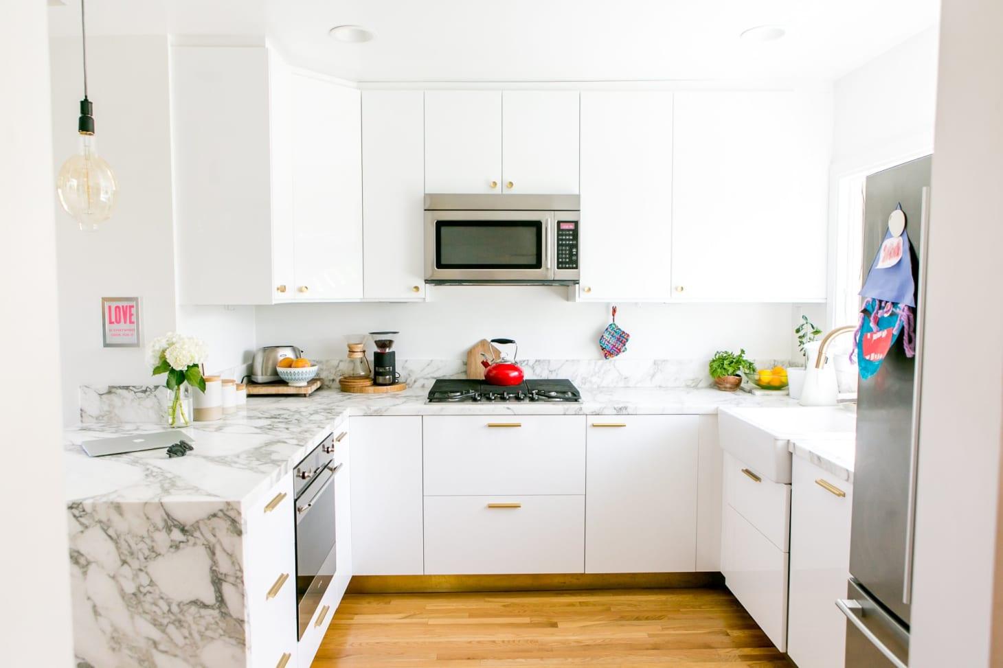 25 Beautiful White Kitchen Ideas - Design & Decorating Tips ...