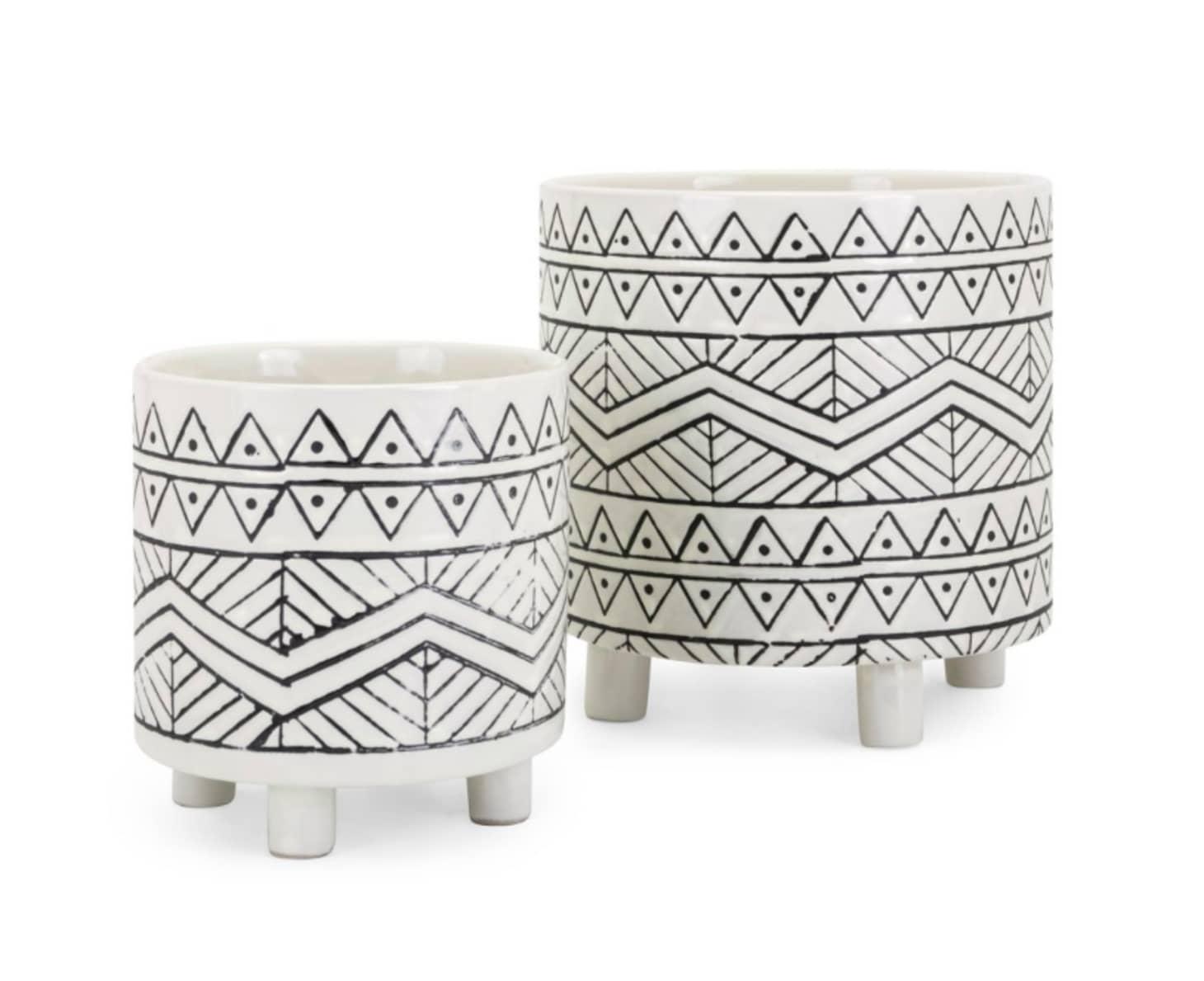 Phenomenal Black And White Design Ideas Black And White Decor Short Links Chair Design For Home Short Linksinfo