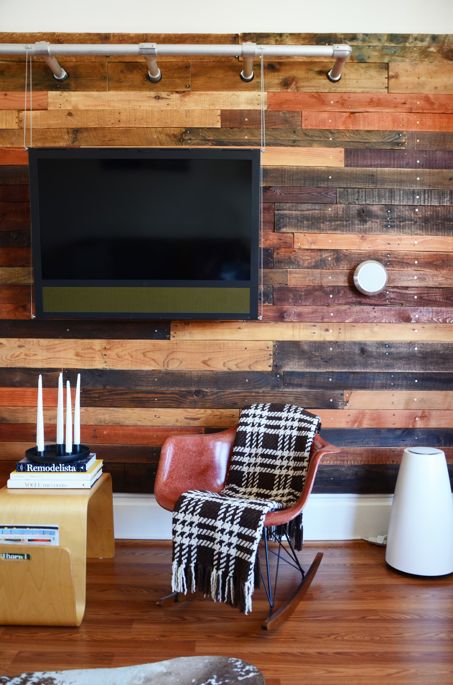 Wood Accent Wall Ideas | Apartment Therapy