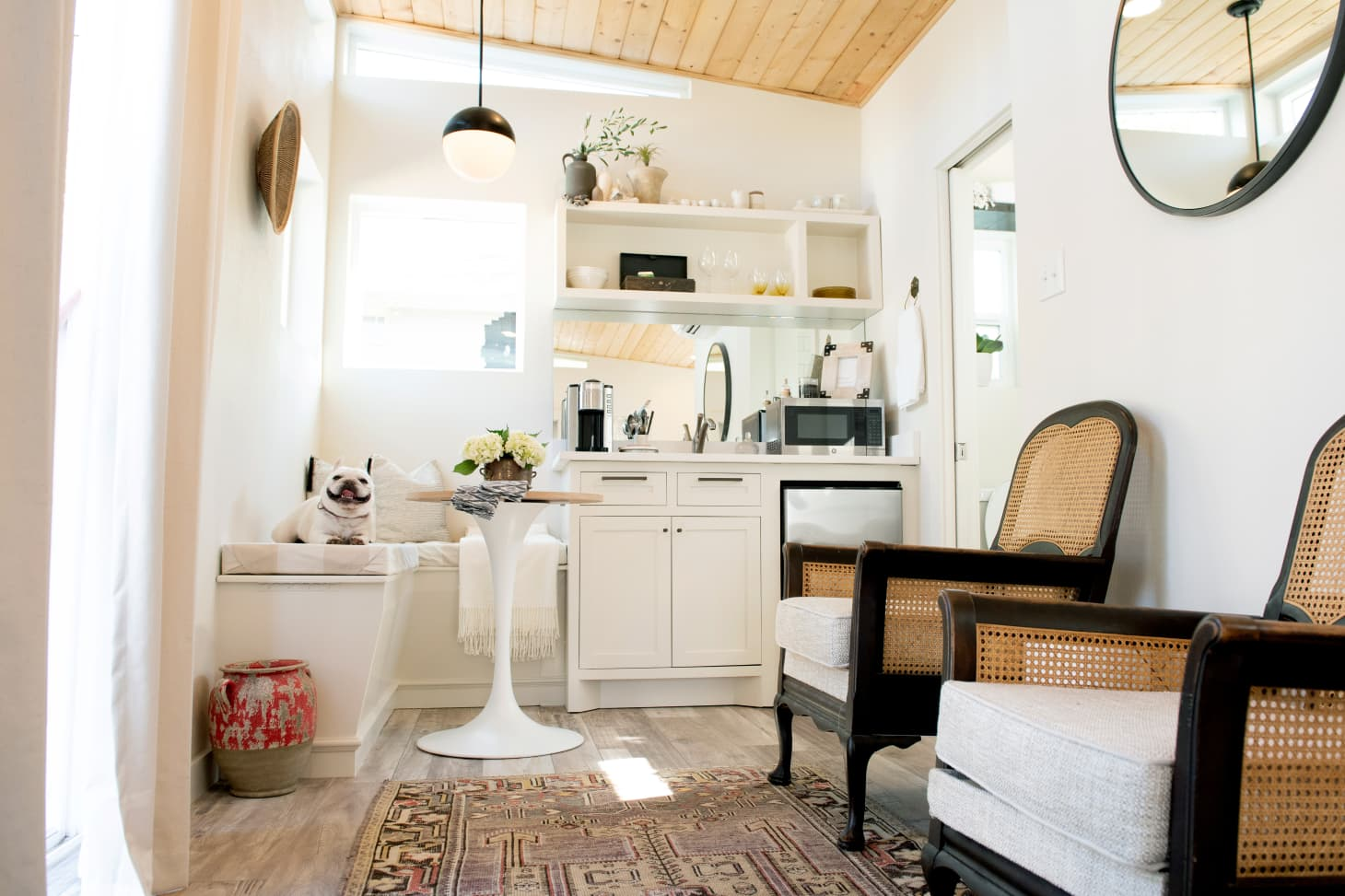 6 Major Decorating Tips From Tiny House Owners | Apartment ...