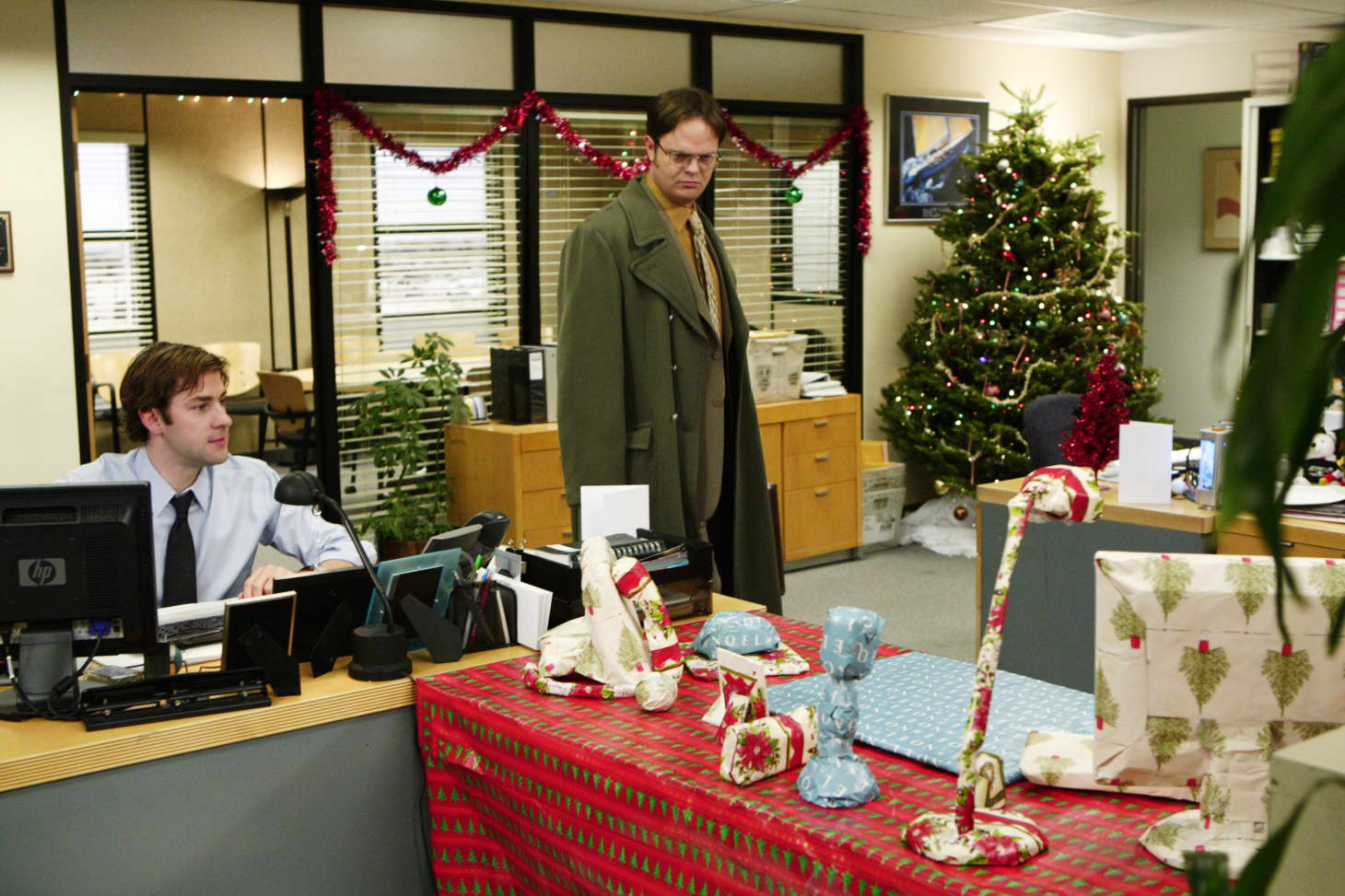 Office Christmas Episodes.The Best The Office Christmas Episodes Ranked Apartment