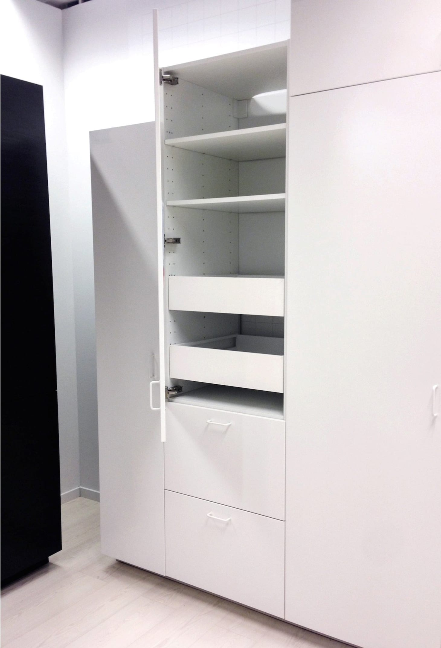 Ikea S Akurum Vs Sektion Cabinets What S The Difference