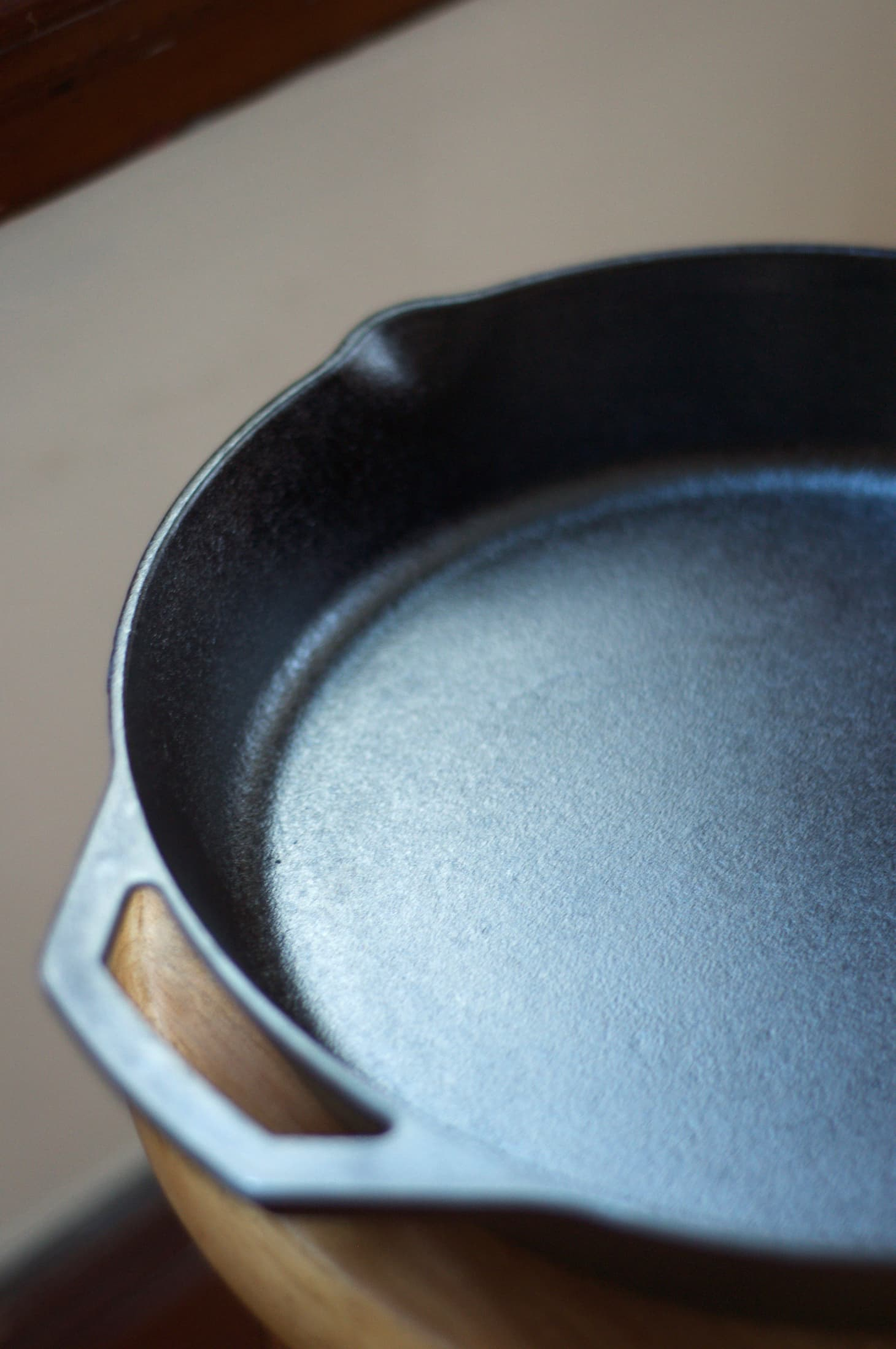Season Cast Iron Skillet Flaxseed Oil | Kitchn