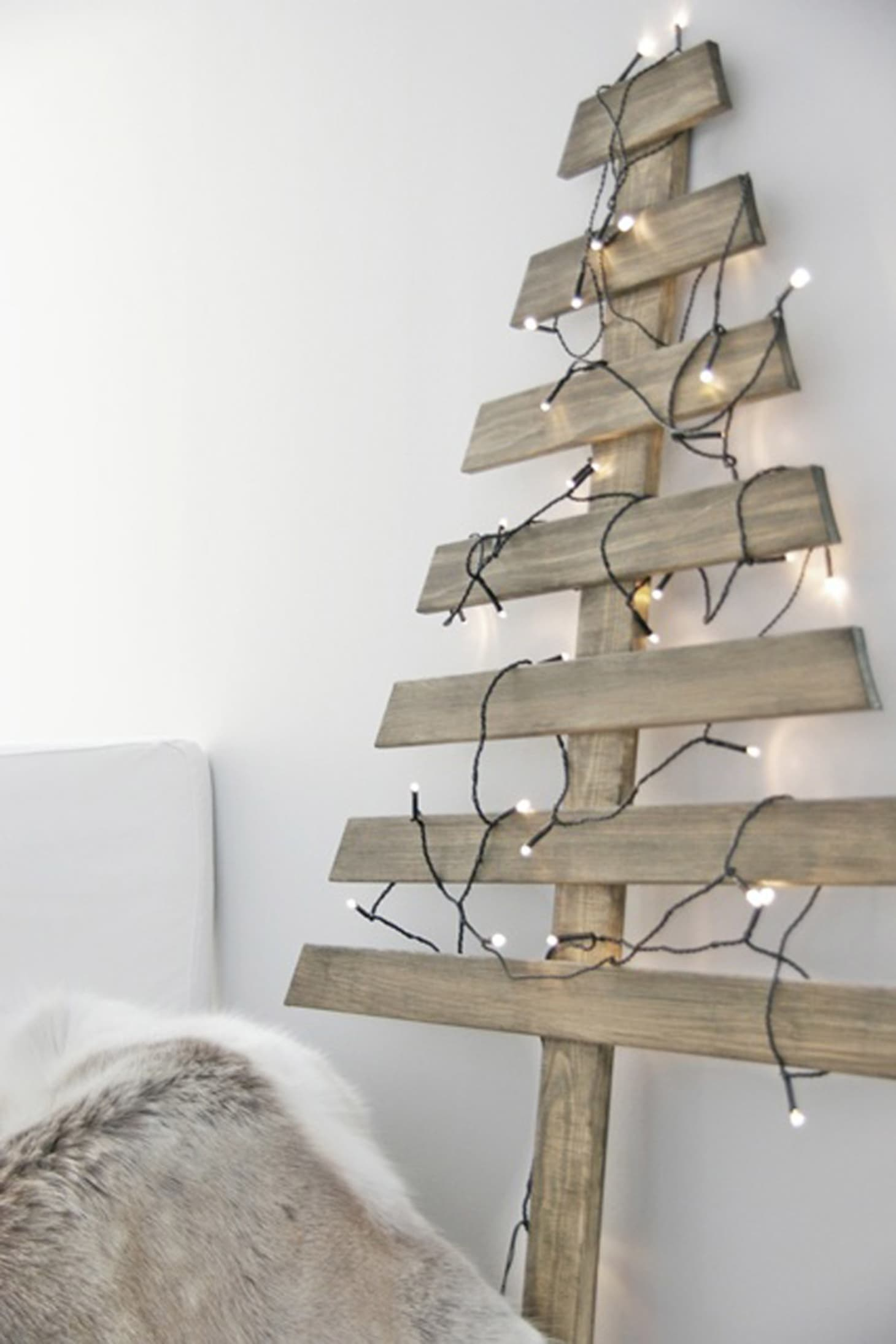 Wood Christmas Tree.10 Ways To Diy A Christmas Tree Out Of Things That Are Not