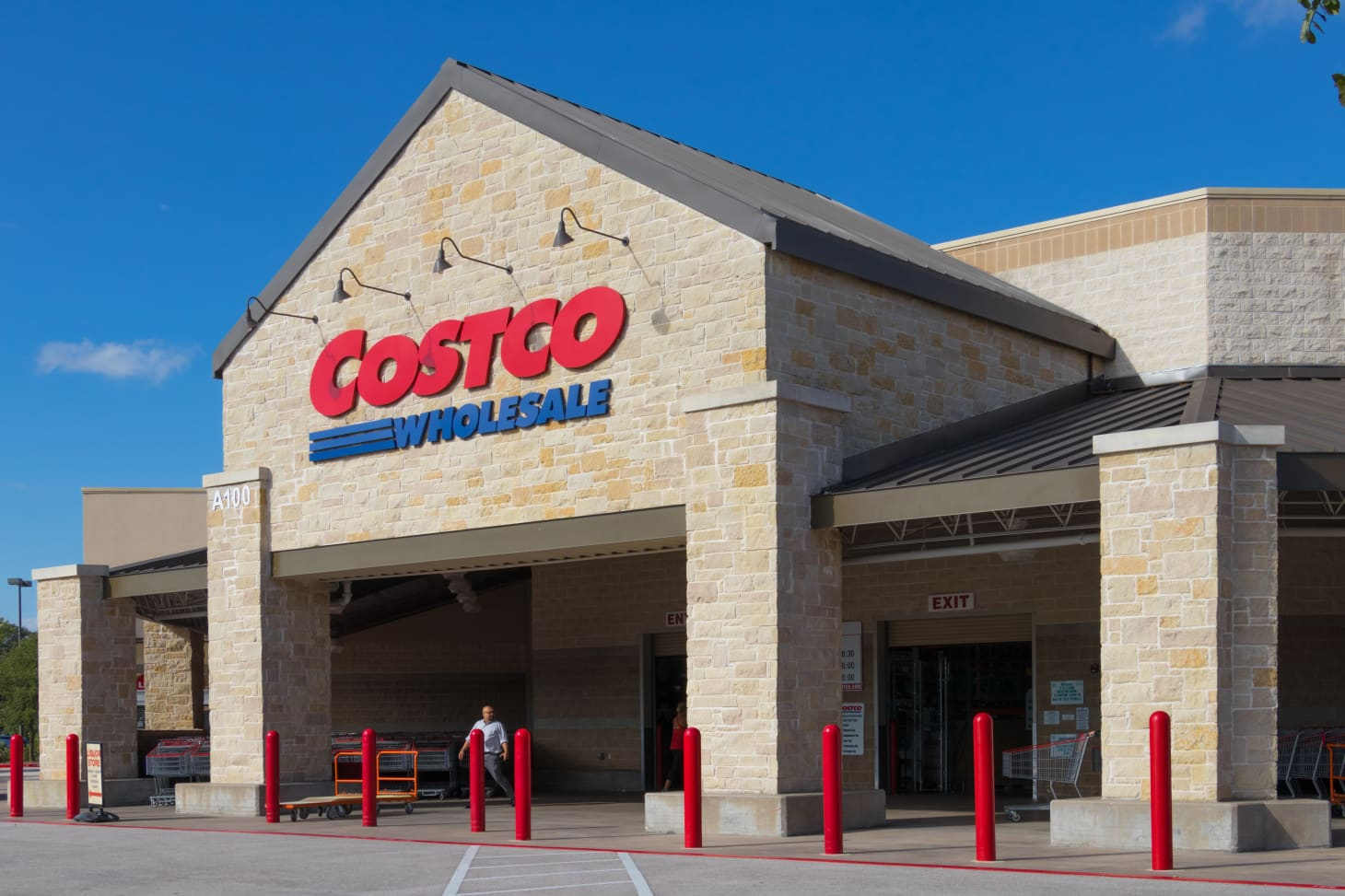 6 Mistakes People Make in Line at the Costco Food Court | Kitchn