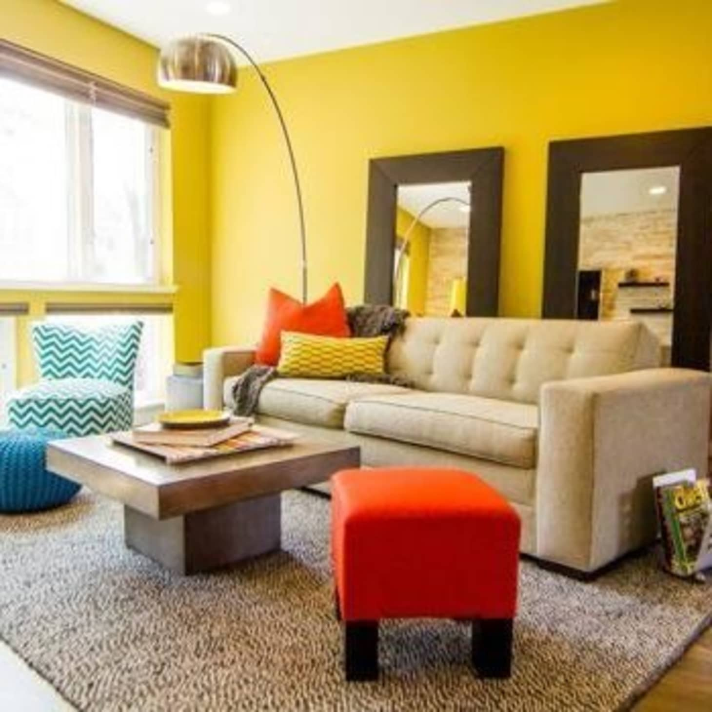 Cool Design For A Living Room: How To Work With Warm & Cool Colors