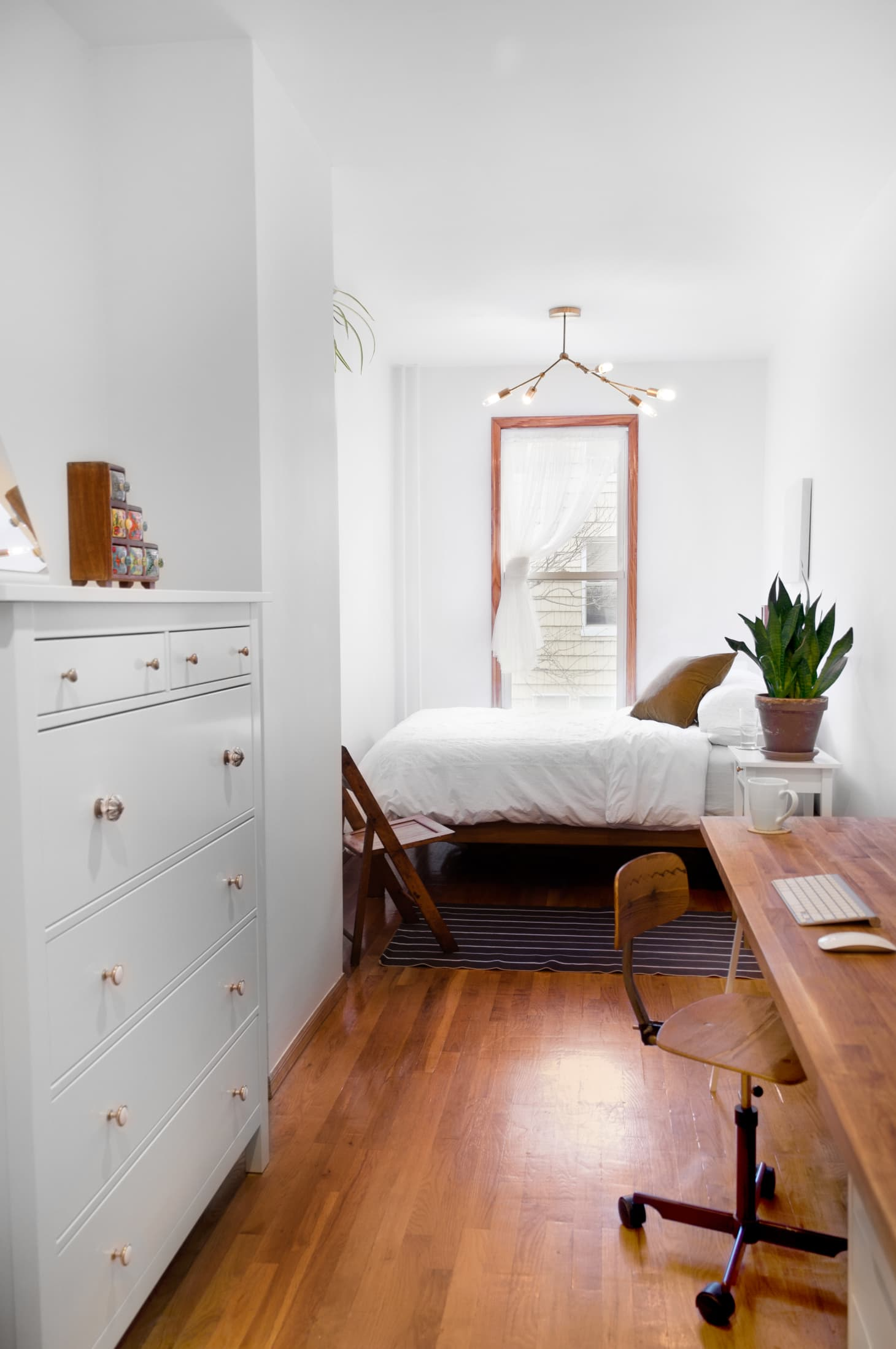 Space Saving Ideas For Small Bedroom