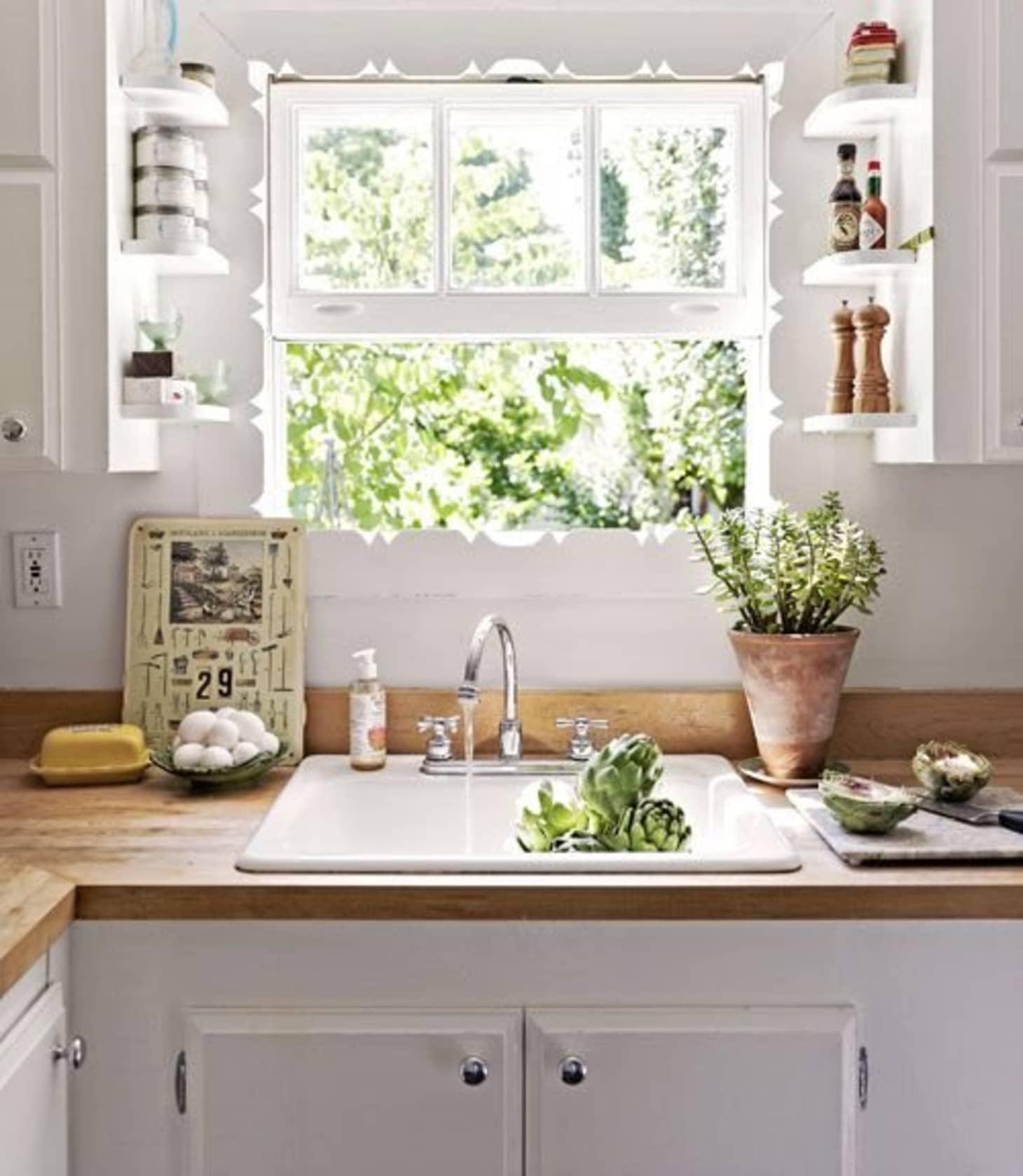 Small Kitchen Storage & Organization Ideas - Clever ...