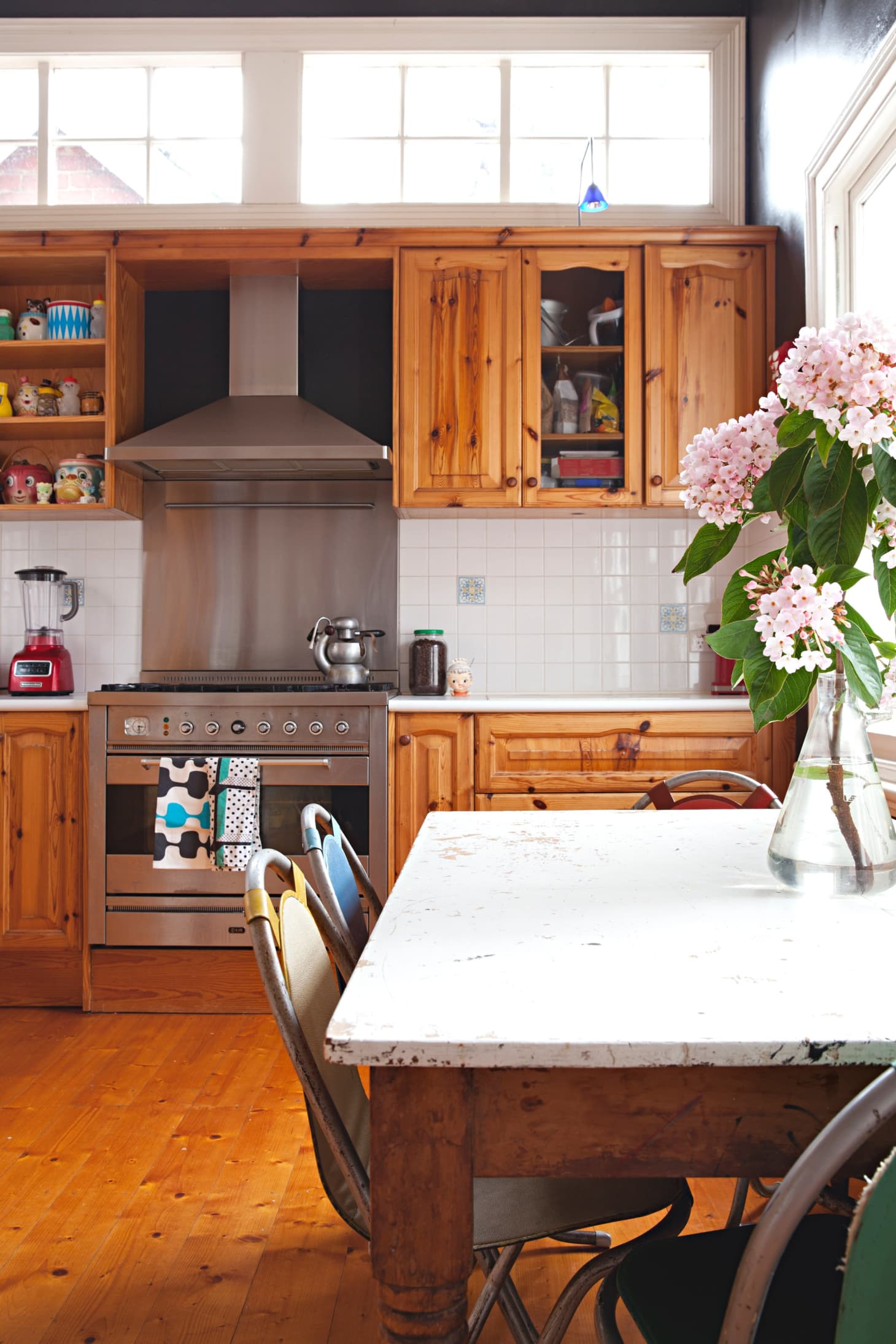 Tips for Cleaning (and Maintaining) the Tops of Kitchen ...