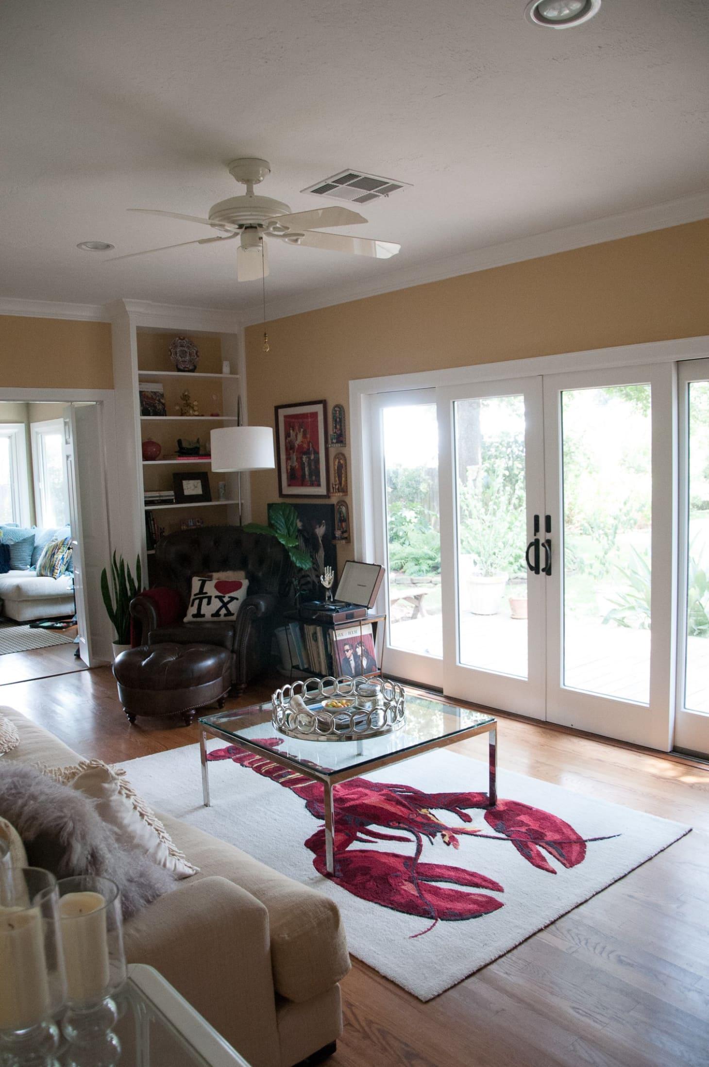 House Tour Michelle S Warm Amp Elegant Houston Home