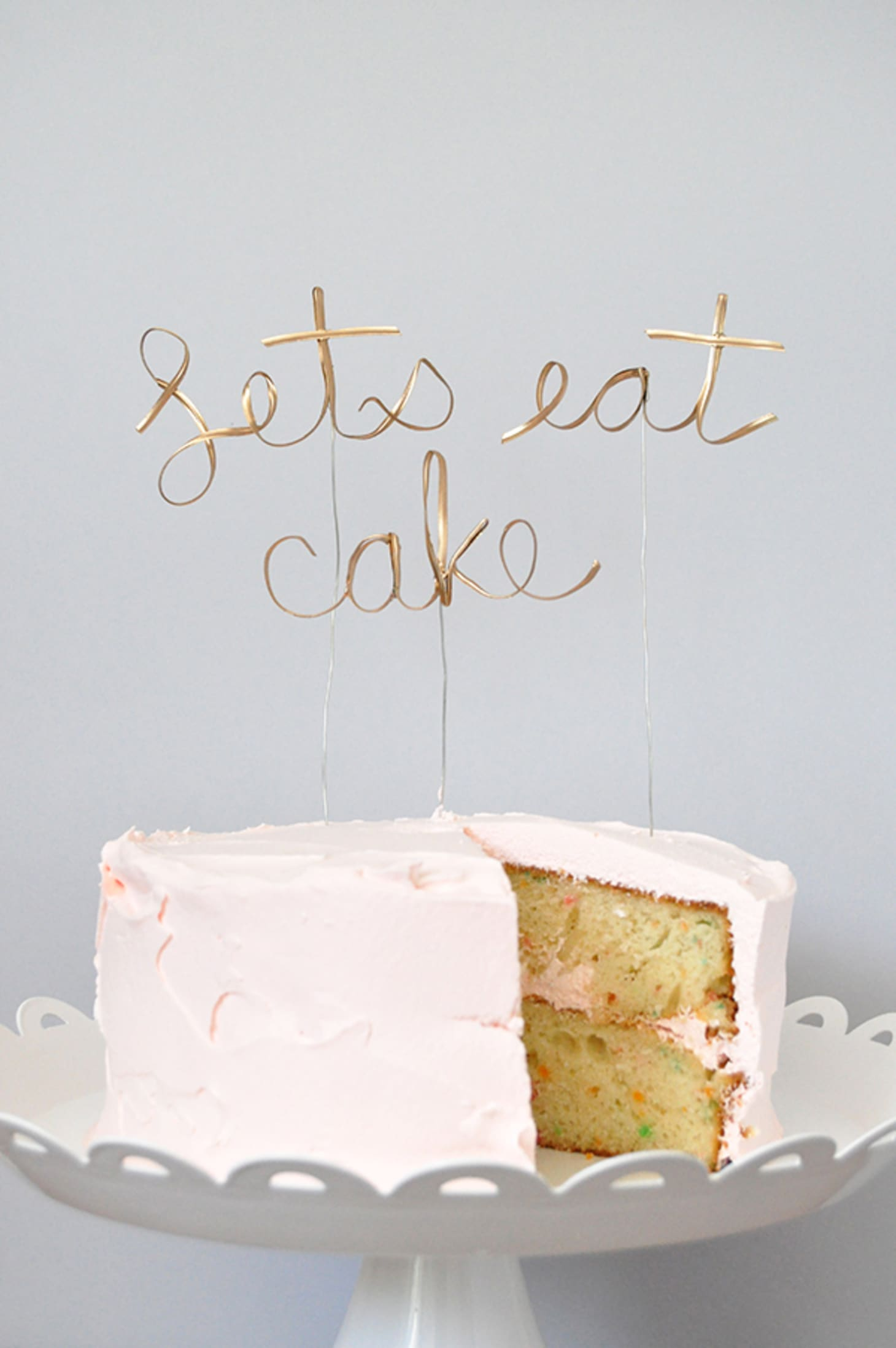 20 Simple & Chic DIY Wedding and Party Cake Toppers ...
