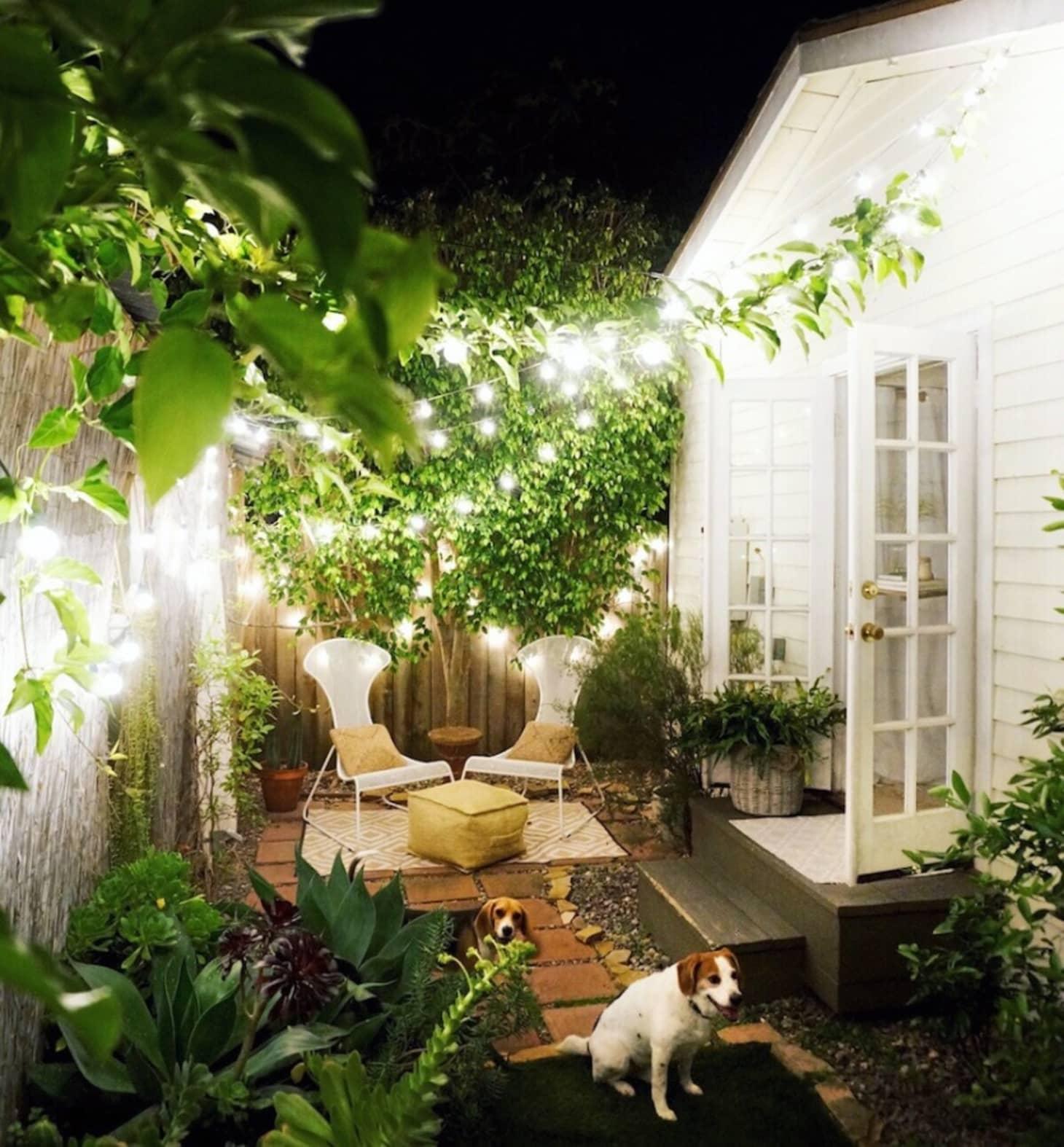 Small Backyard Design Ideas & Inspiration | Apartment Therapy on Apartment Backyard Patio Ideas id=60762