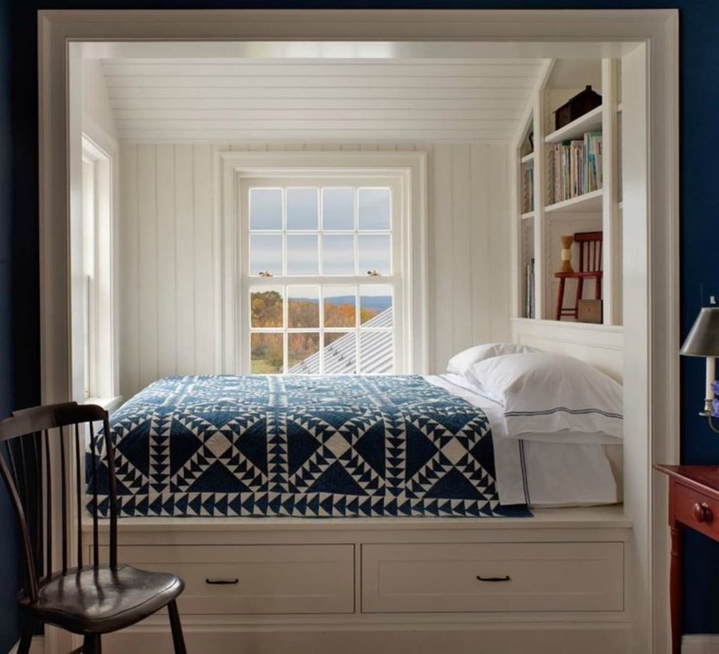 Small Bedroom Solutions: Cozy Bed Nooks | Apartment Therapy