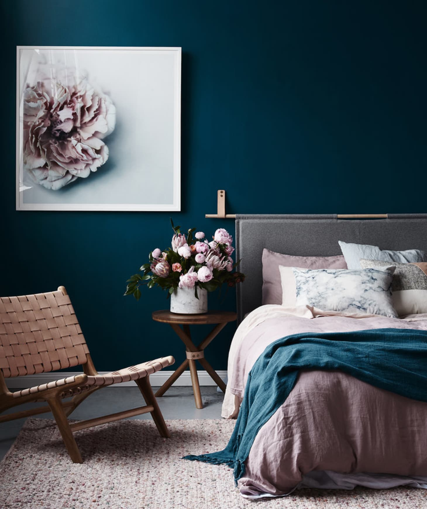 Navy Blue Bedroom Colors Dusty Pink Bedroom Accessories Small Bedroom Chairs Ikea Good Bedroom Color Schemes: Color Trend: How To Decorate With Blush Pink & Dark Blue