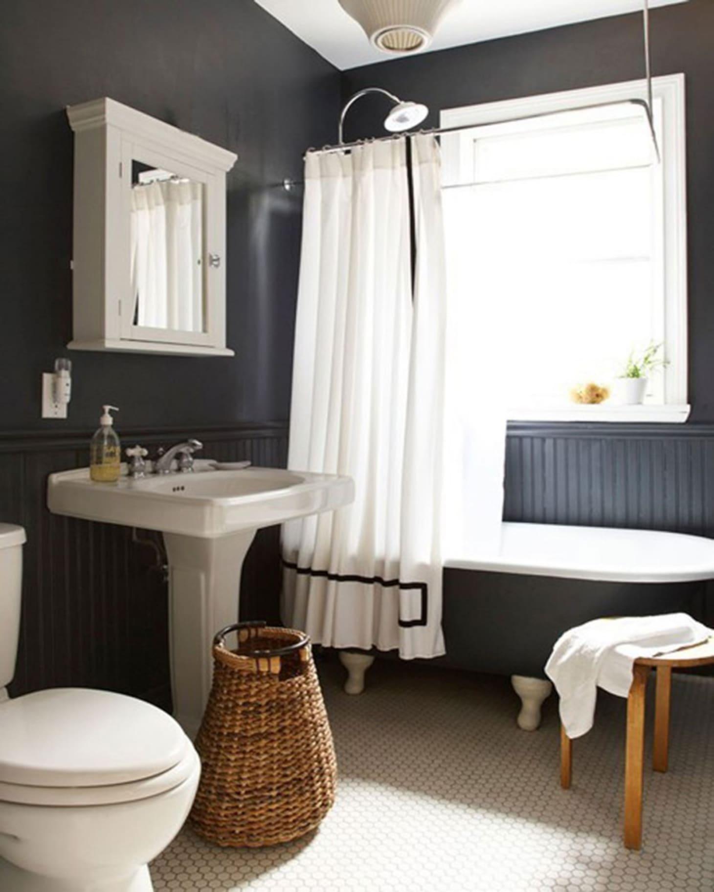 Wainscoting Bathroom: Decorating Ideas: 10 Bathrooms With Beadboard Wainscoting